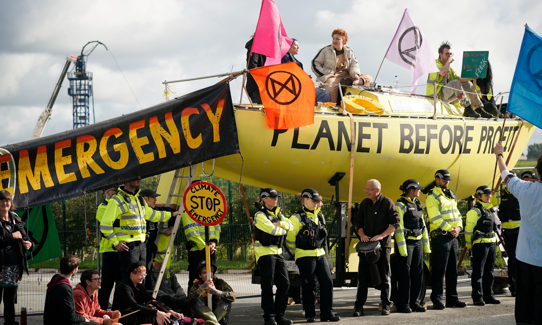 Extinction Rebellion blocks UK fracking site in climate protest
