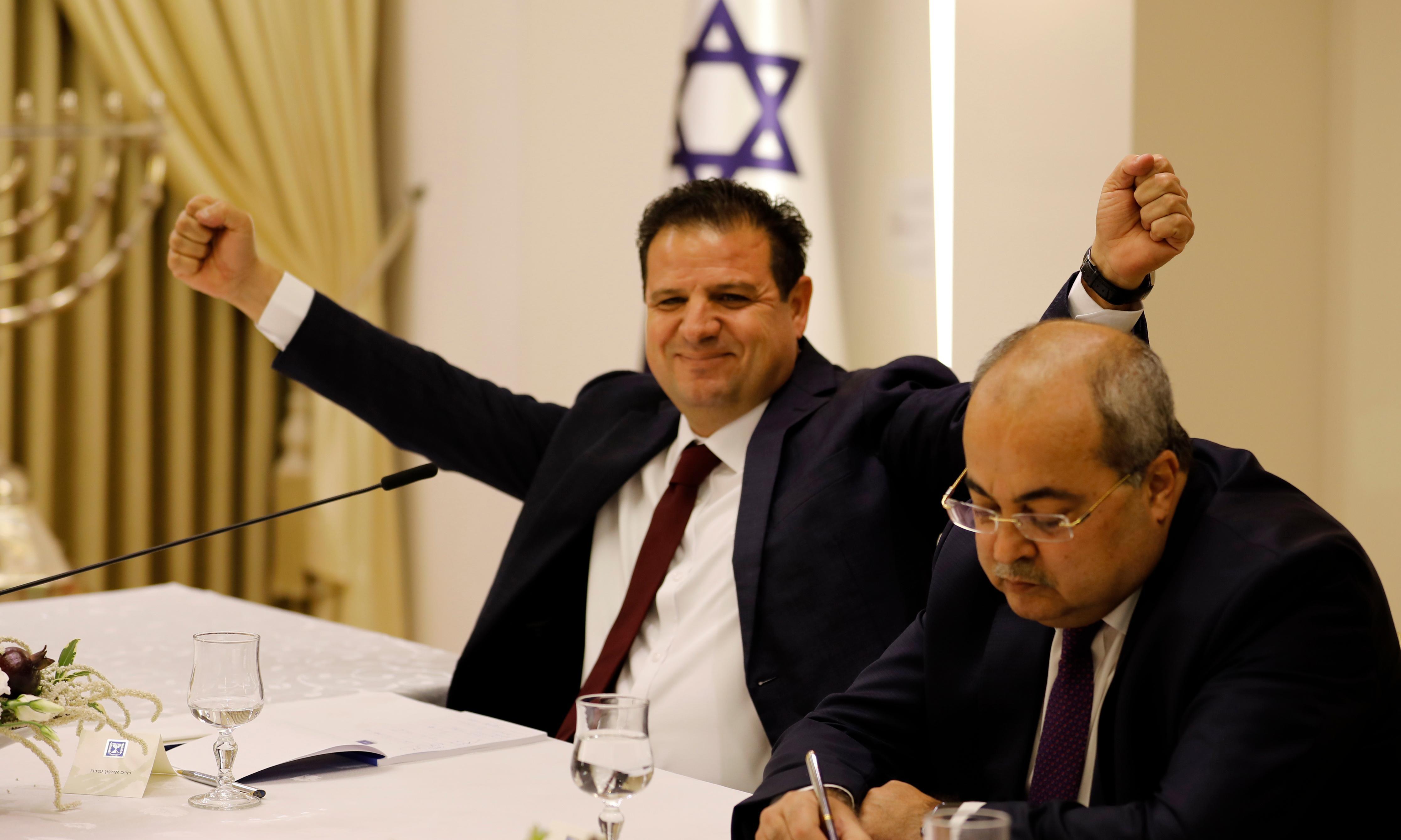 Israeli Arab parties back Gantz for PM in bid to oust Netanyahu