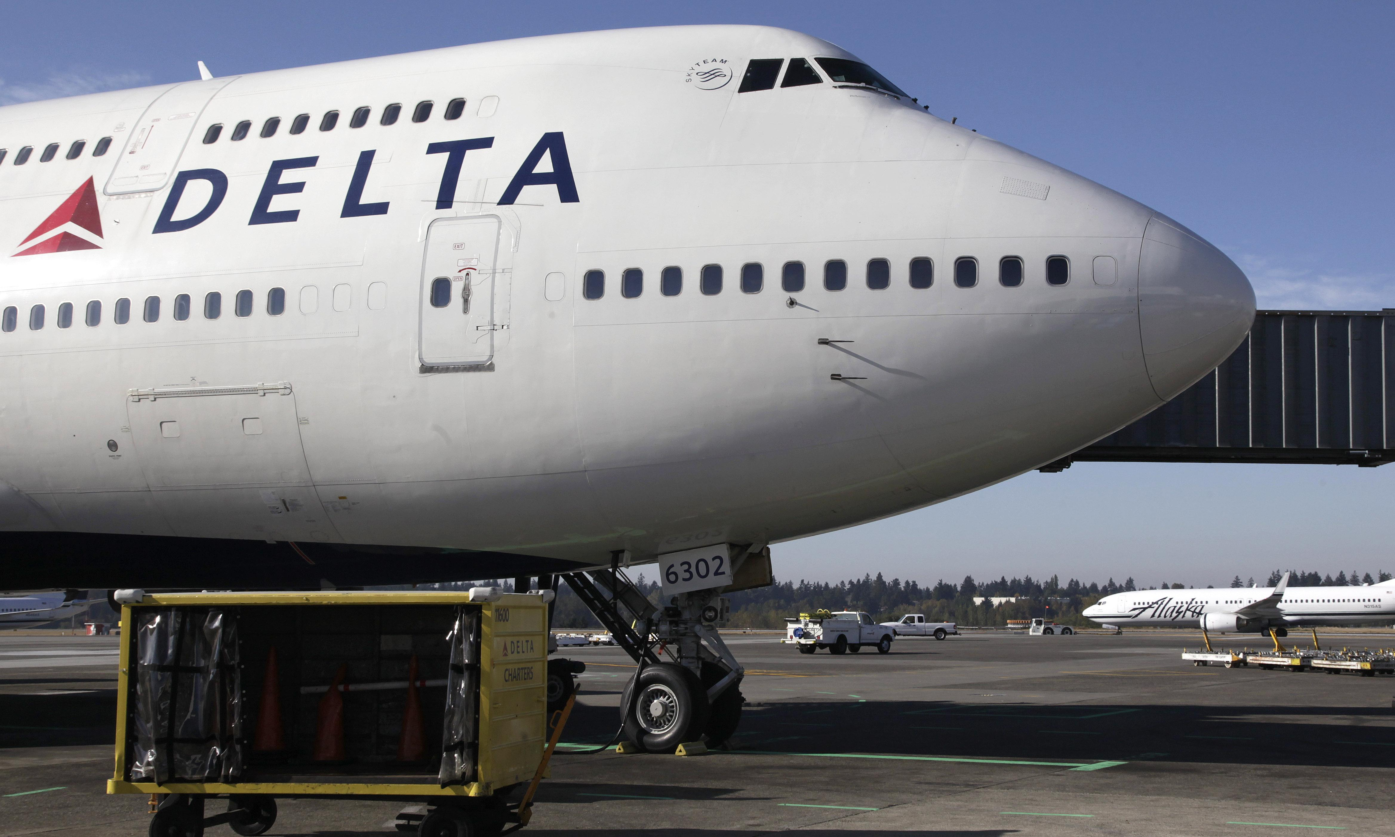 Delta announces $1bn plan to be first carbon neutral airline