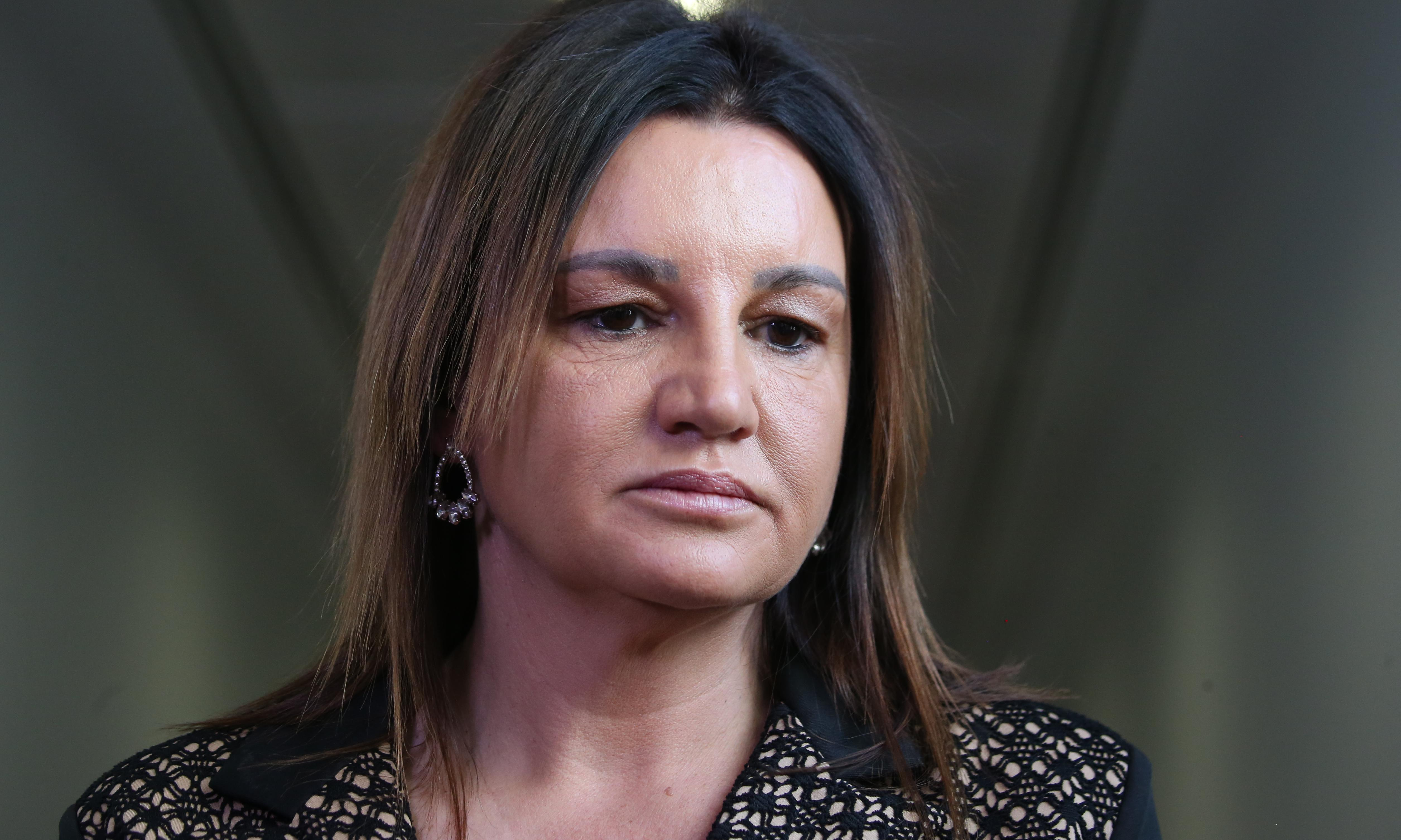 Jacqui Lambie rules out horse-trading her vote on bill to repeal medevac