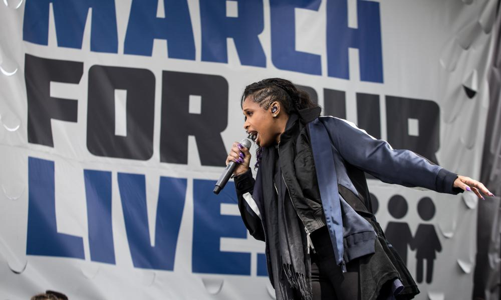 Jennifer Hudson performs at the rally.