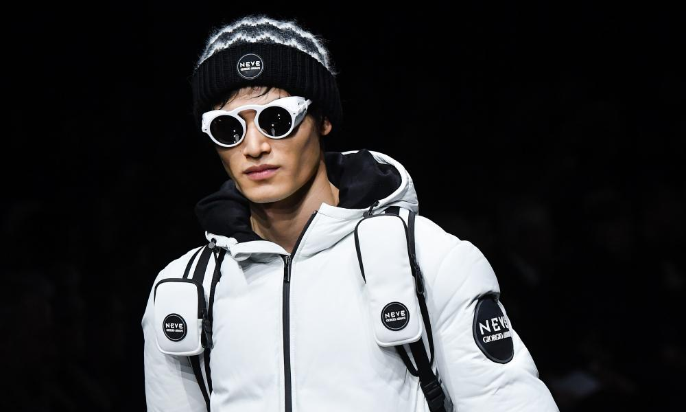A model in goggles.