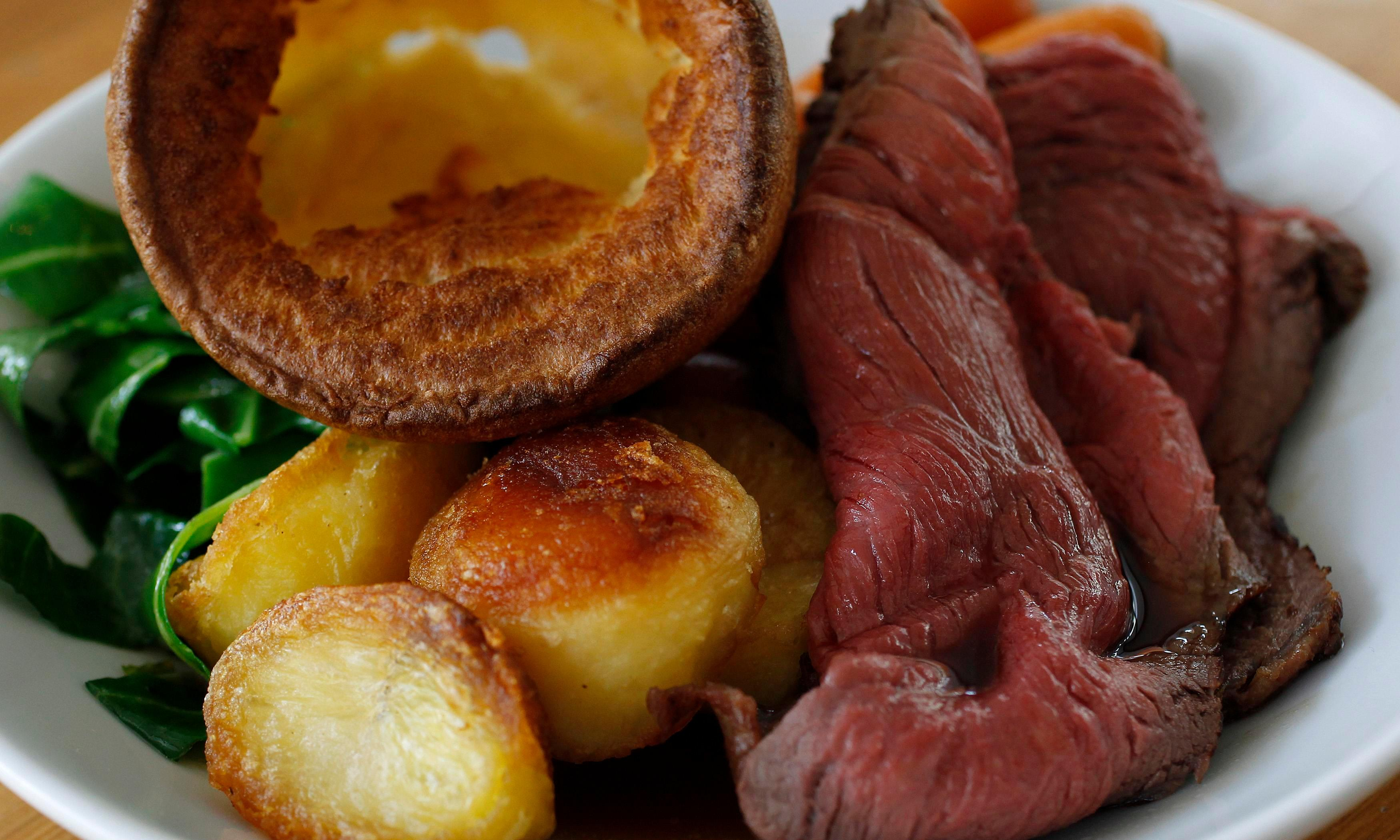 Cooking Sunday roast causes indoor pollution 'worse than Delhi'