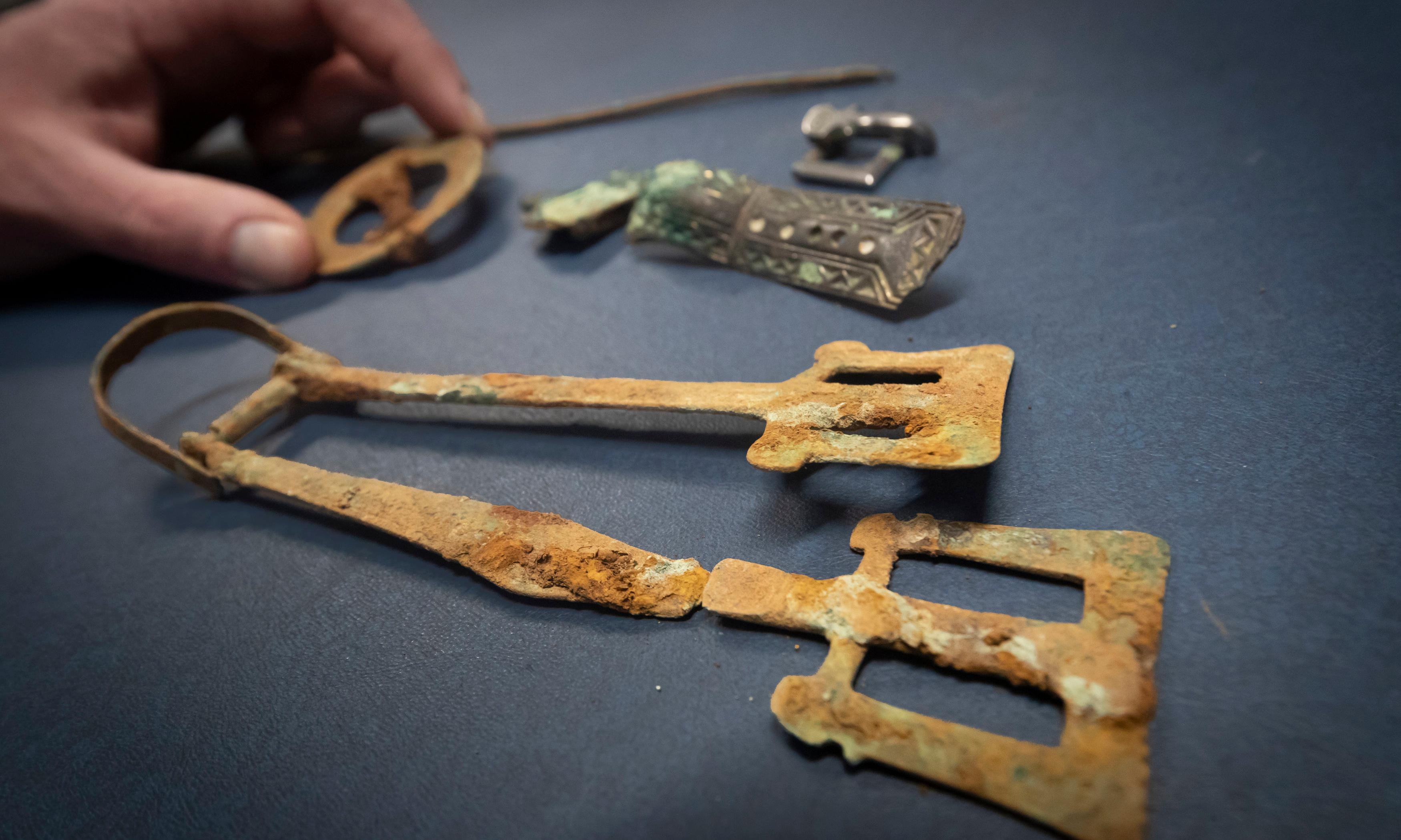 Burial sites from 5th and 6th centuries yield unexpected treasures