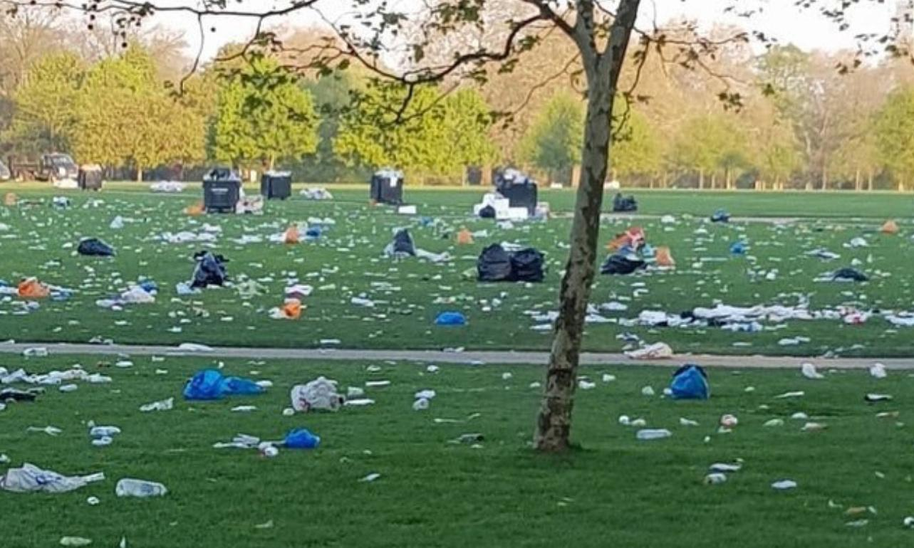 Climate strikes: hoax photo accusing Australian protesters of leaving rubbish behind goes viral