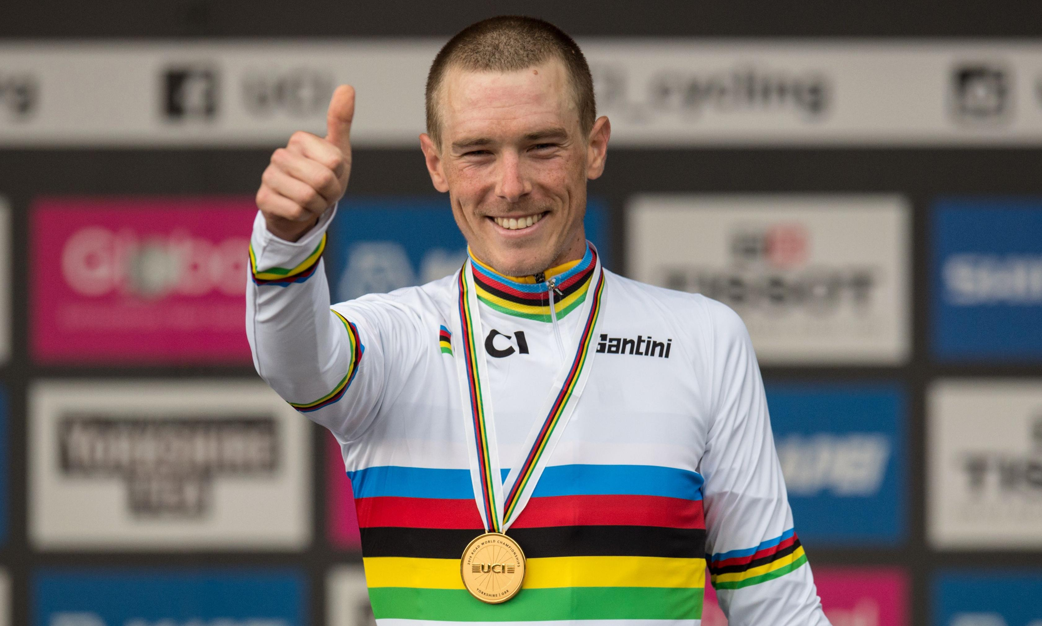 Rohan Dennis overcomes demons to defend rainbow stripes
