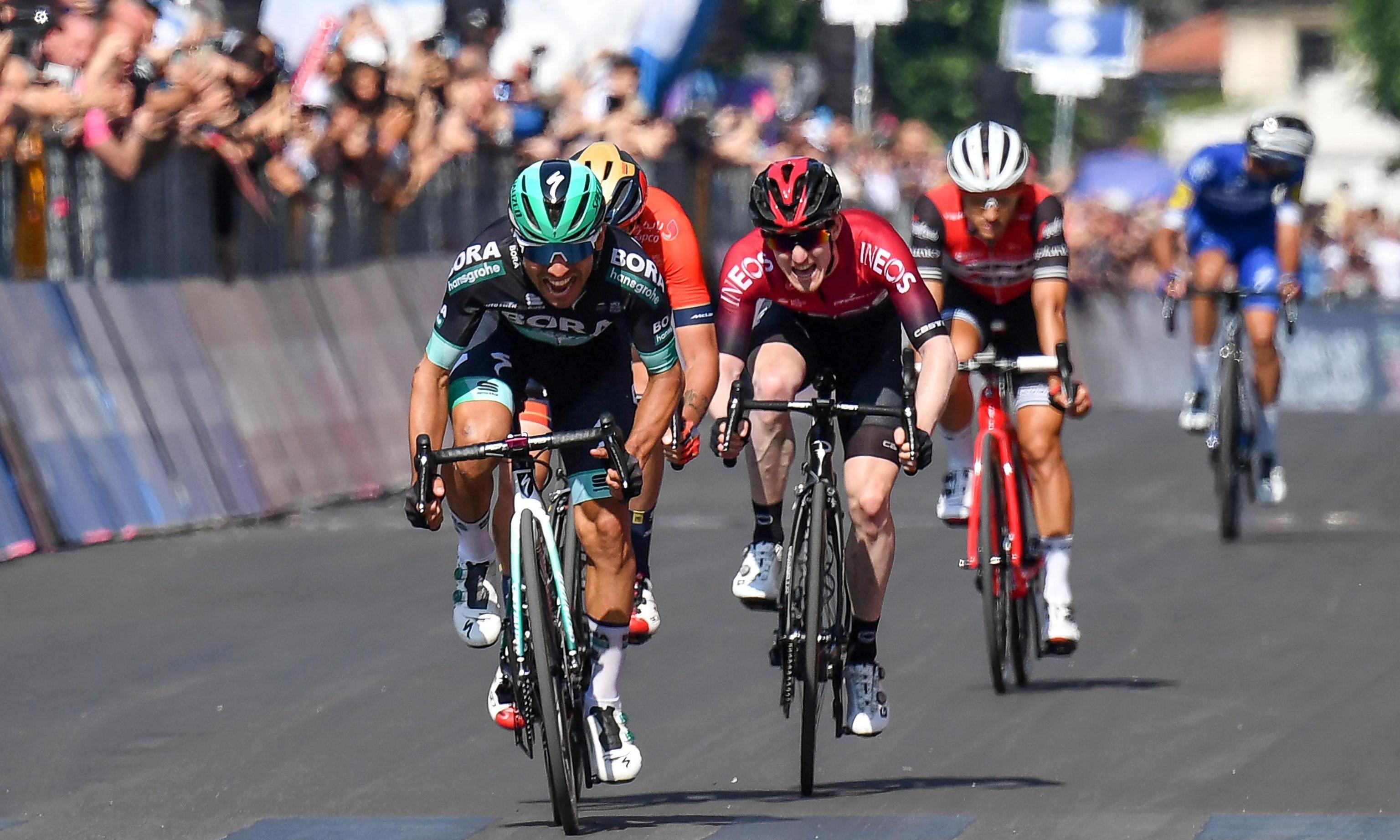 Benedetti pips Dunbar to Giro d'Italia stage 12 win as Polanc takes pink jersey
