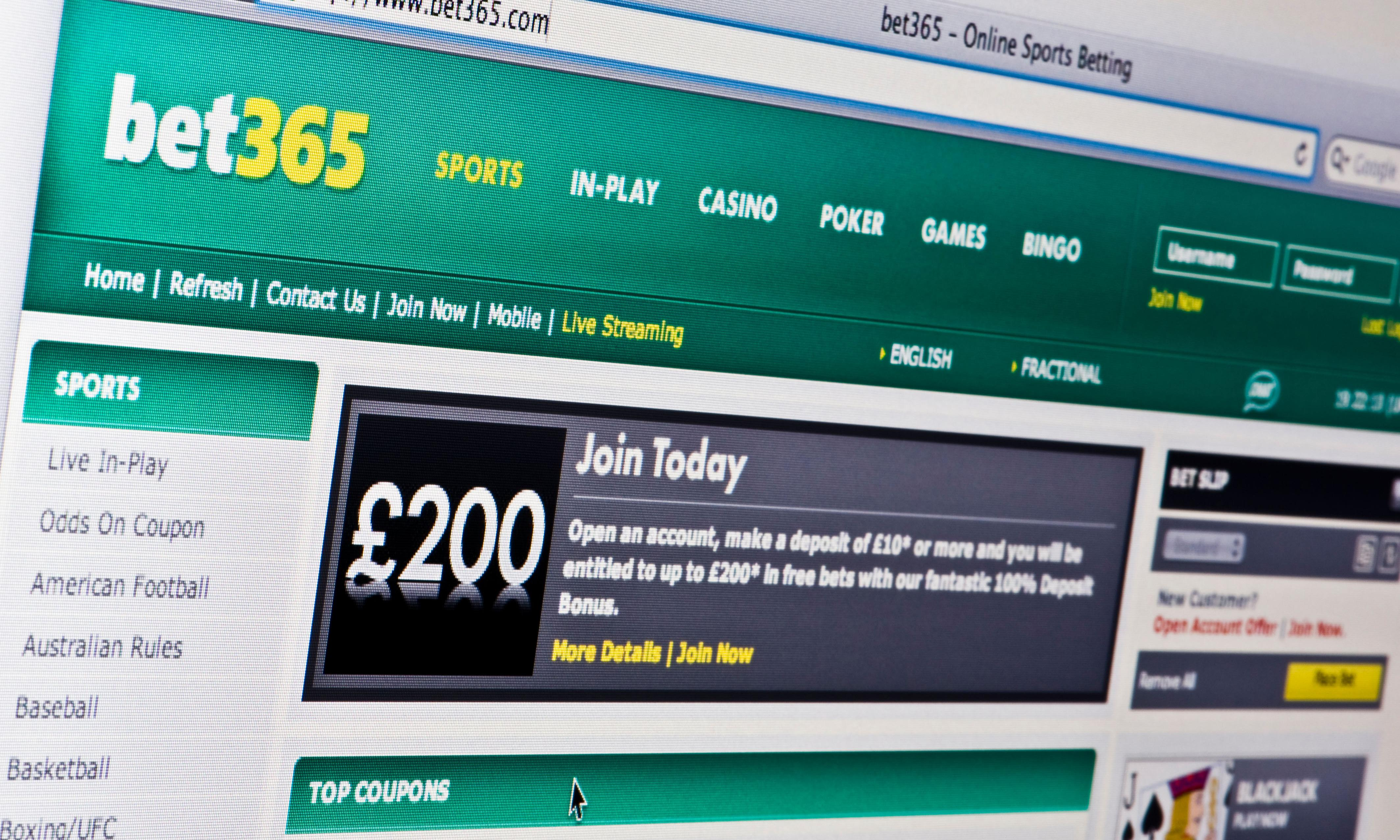 HSBC to let customers block spending on gambling websites
