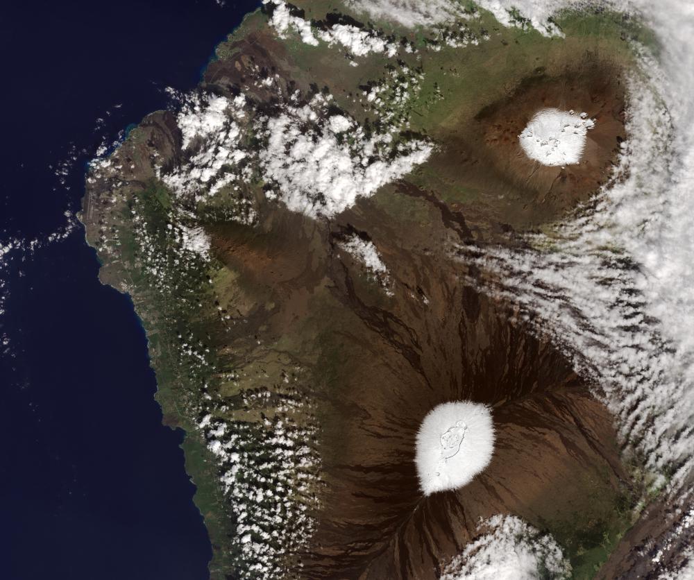 Hawaiian Islands snow