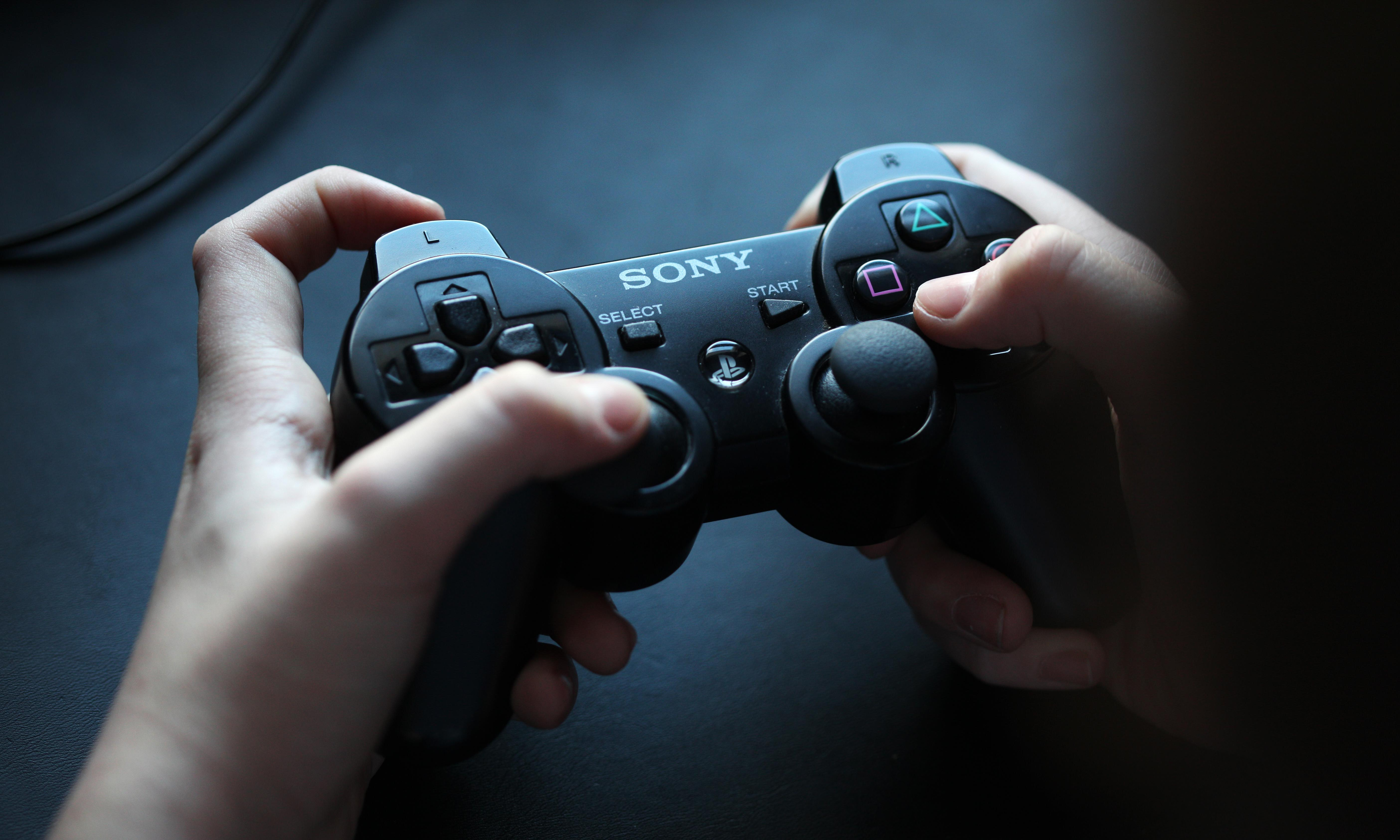 When up means down: why do so many video game players invert their controls?