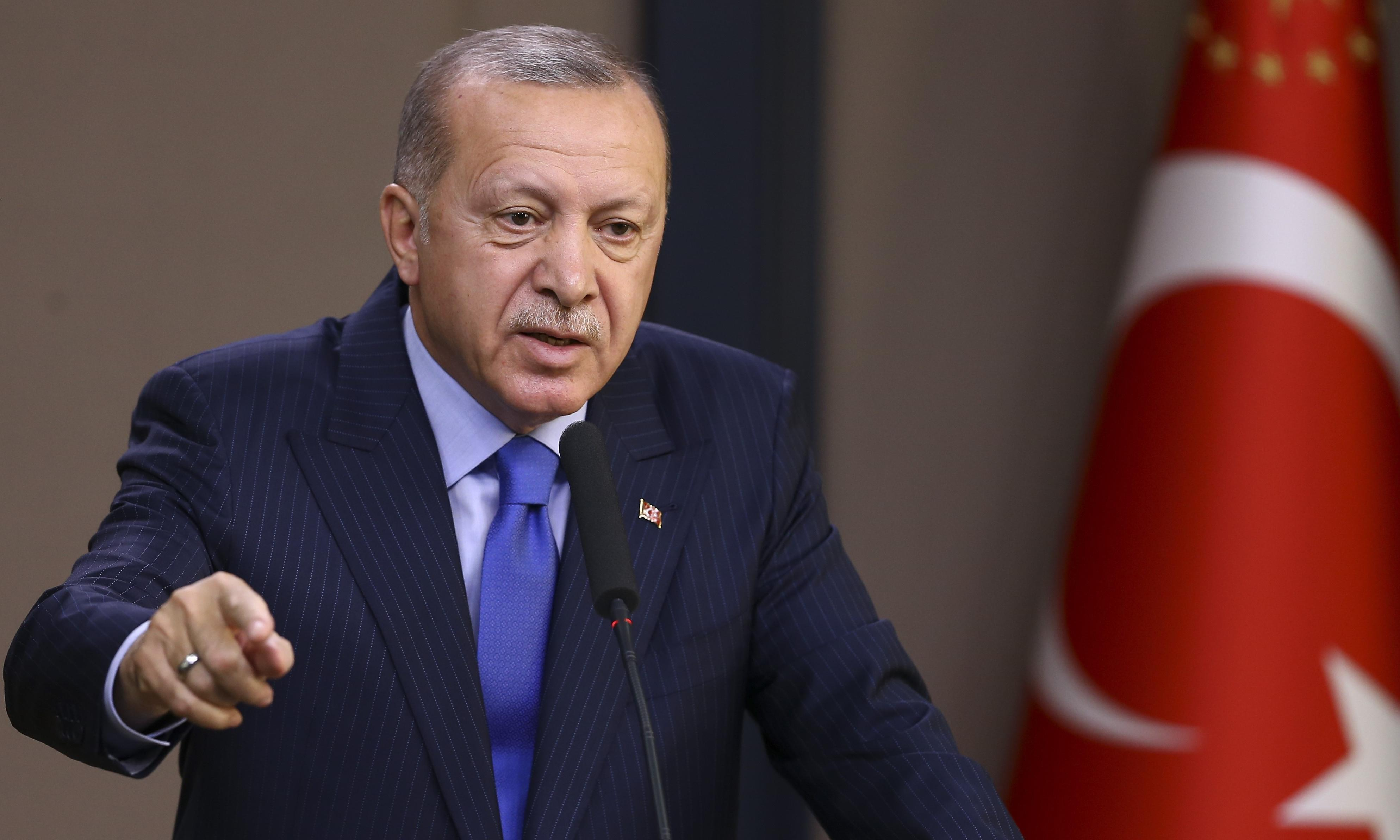 American Isis suspect stuck on border 'not our problem', says Erdoğan