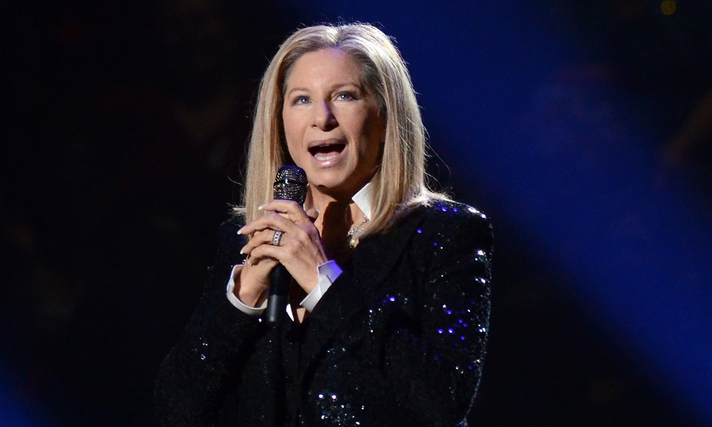 Barbra Streisand apologises for comments on Michael Jackson's accusers