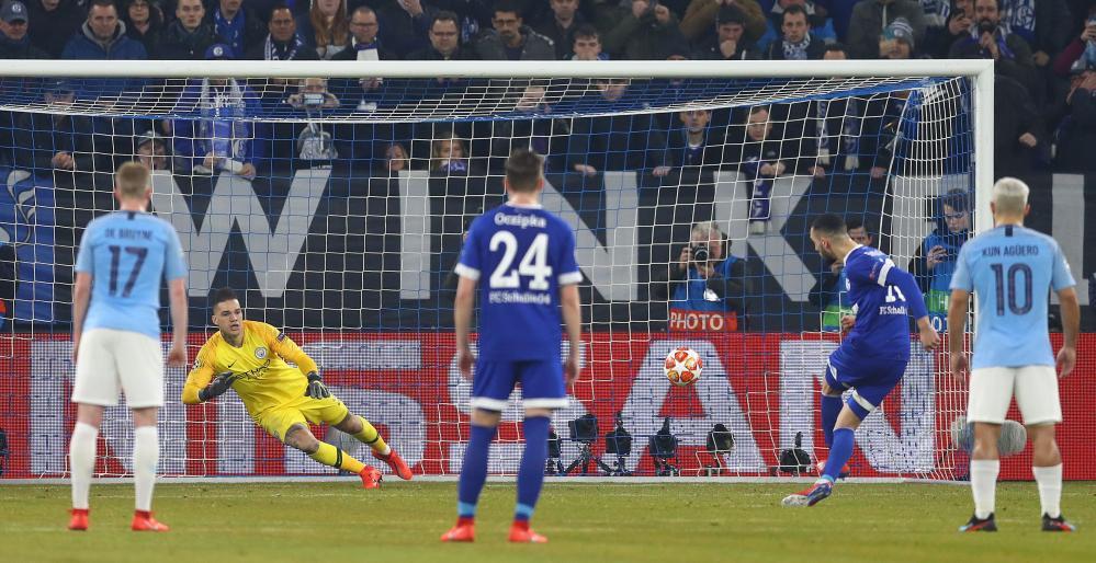 Nabil Bentaleb gets Schalke back on level terms.