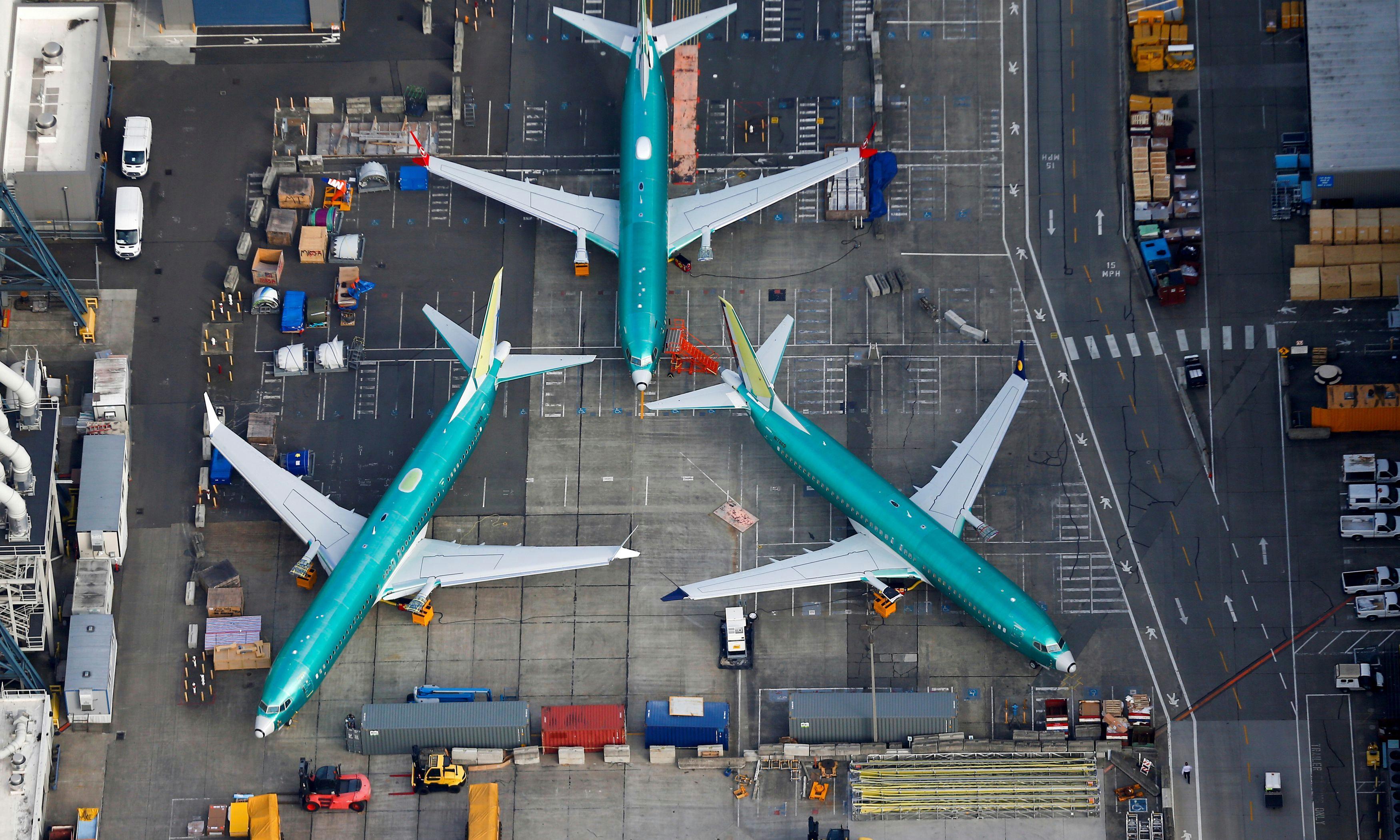 Boeing 737 Max: new 'troubling communications' sent to regulators