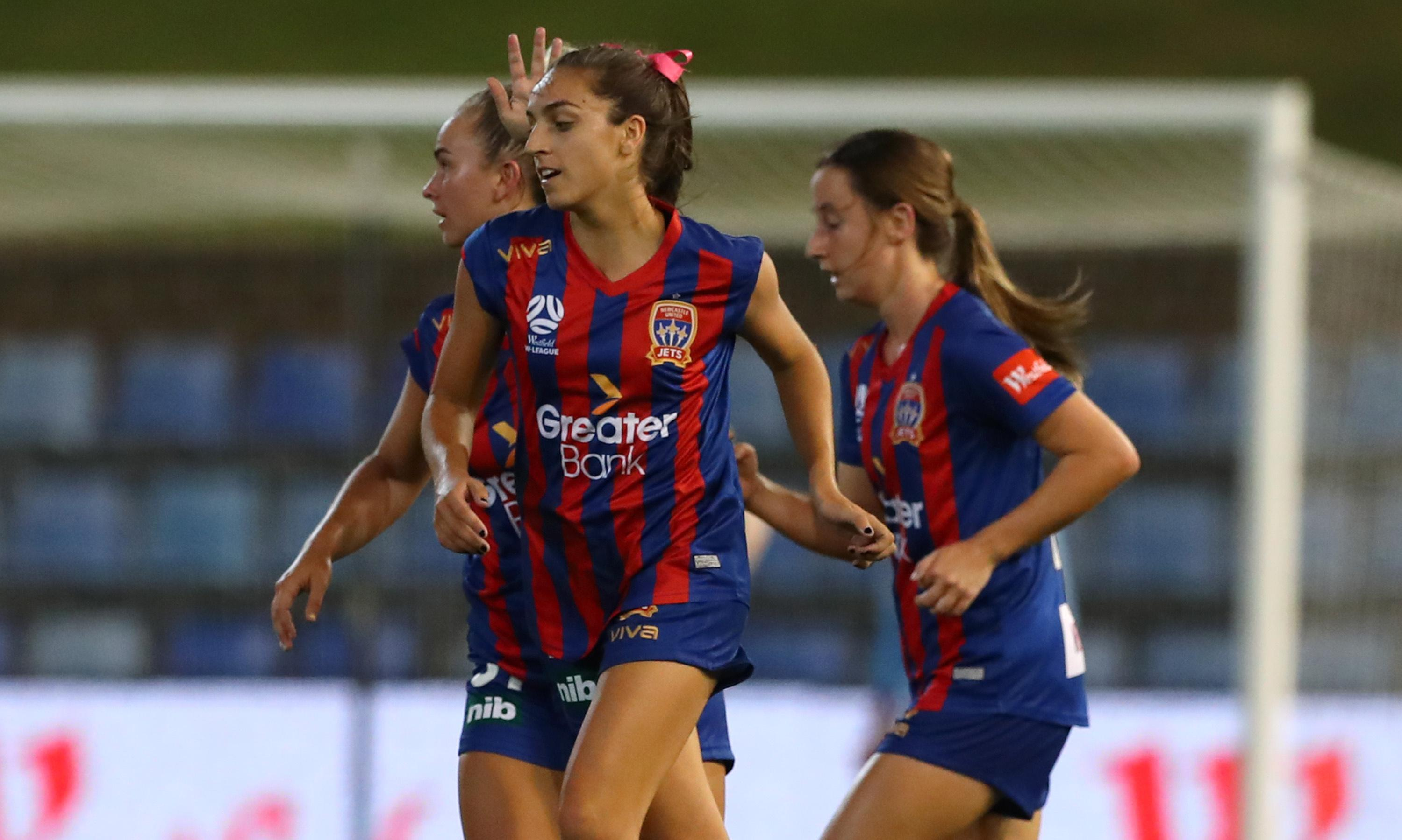 Chaos delights as W-League proves it has more to offer than just its Matildas