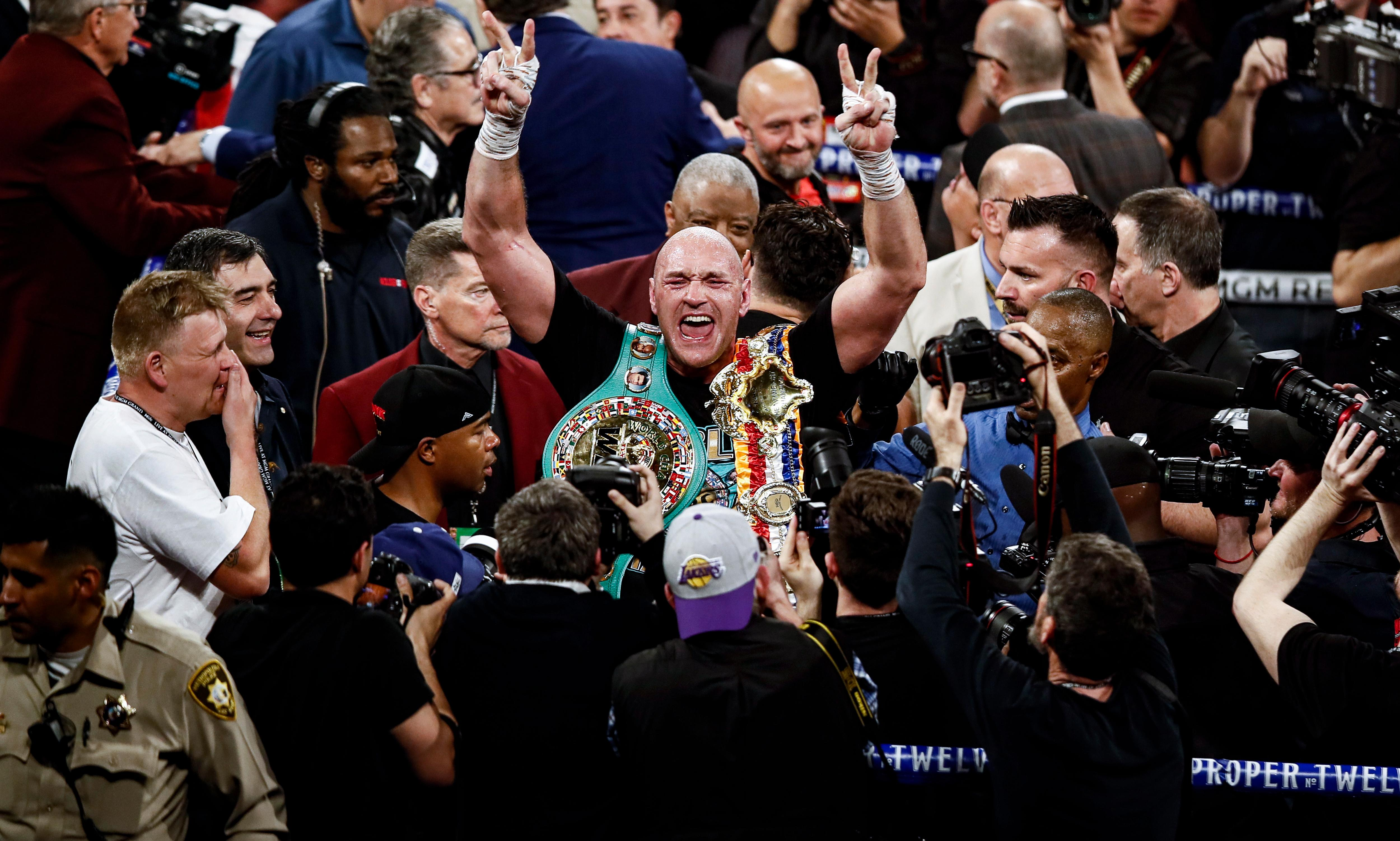 Tyson Fury knocks out Deontay Wilder to win WBC heavyweight crown