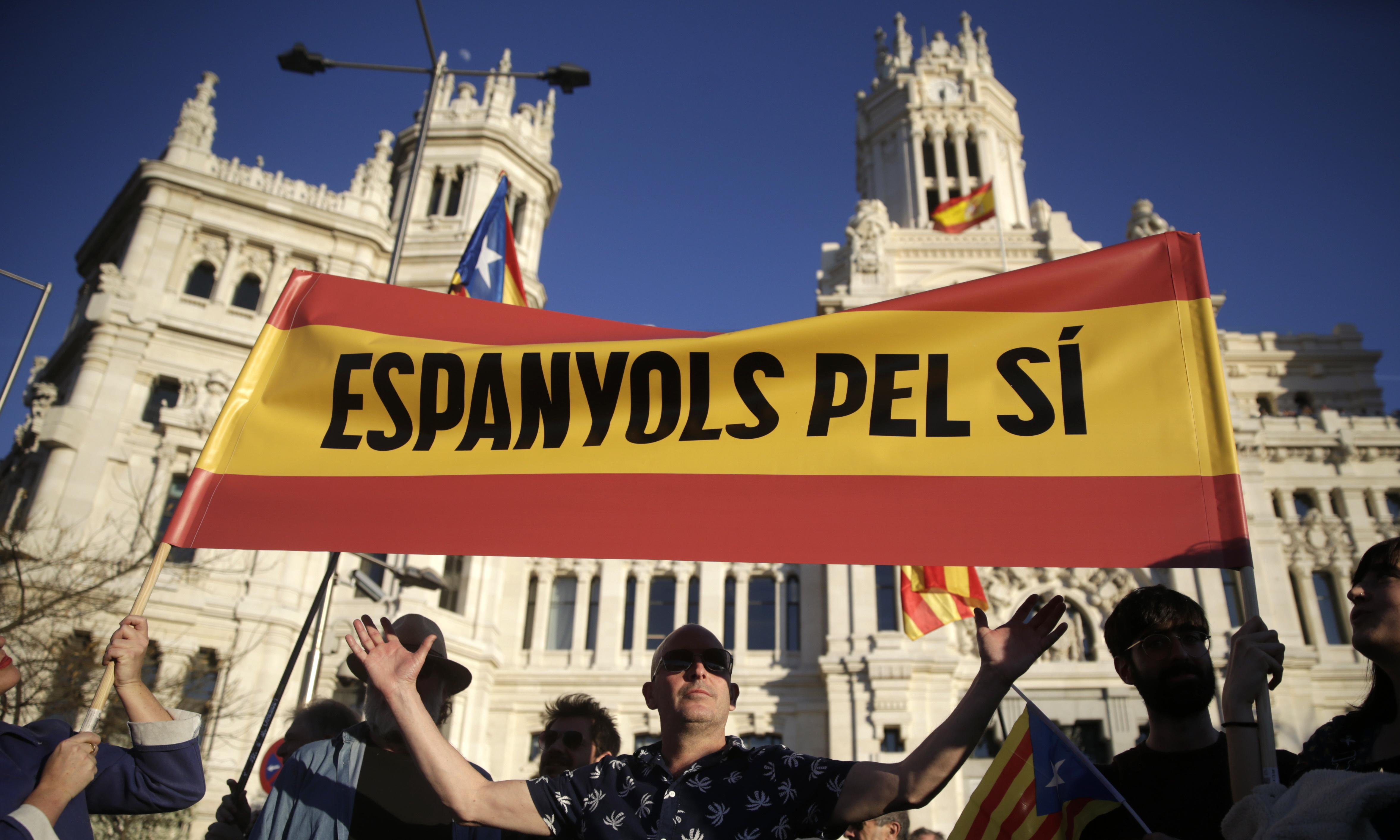 Catalan independence march passes through Madrid peacefully