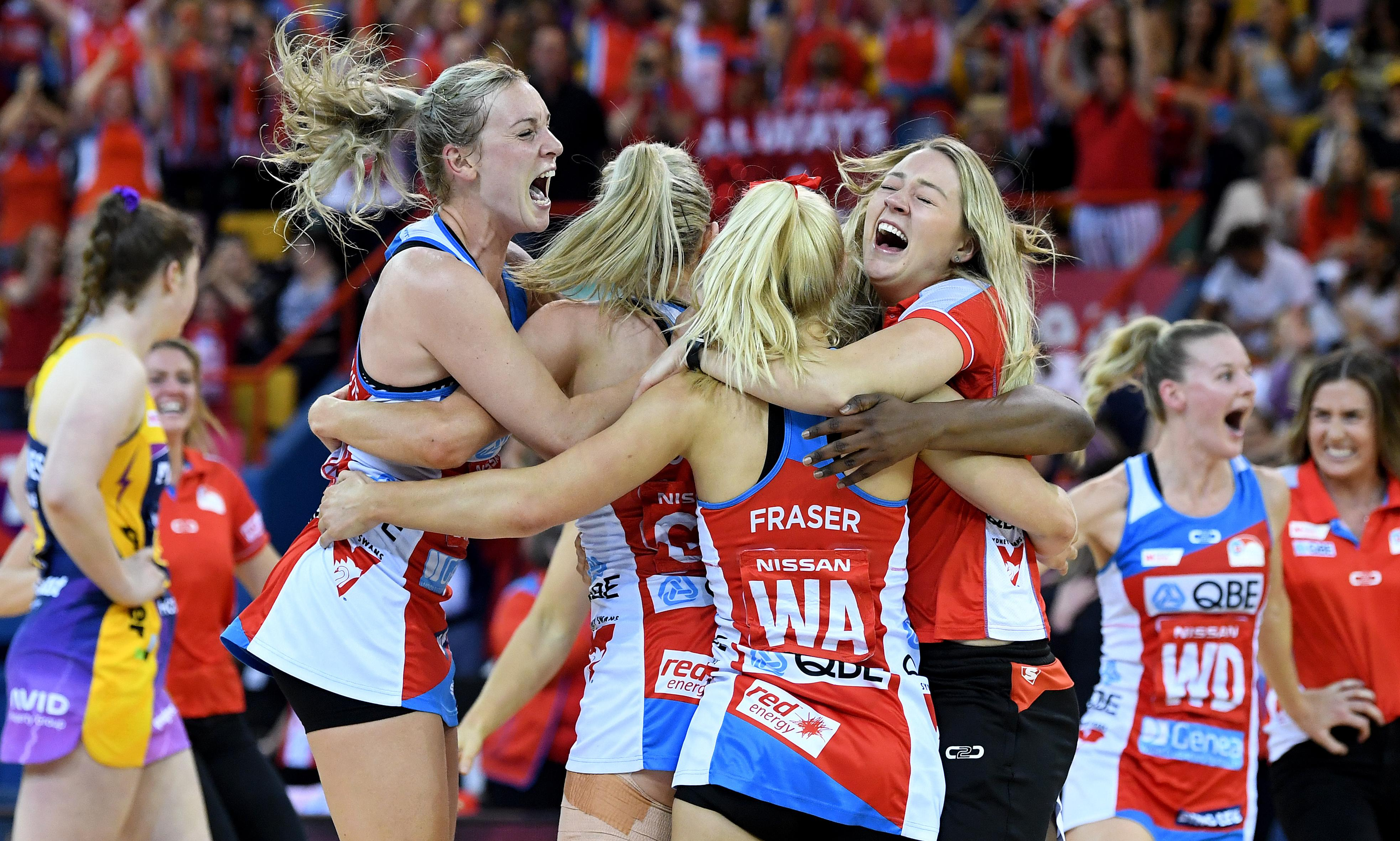 Swifts thrash Lightning in Super Netball grand final