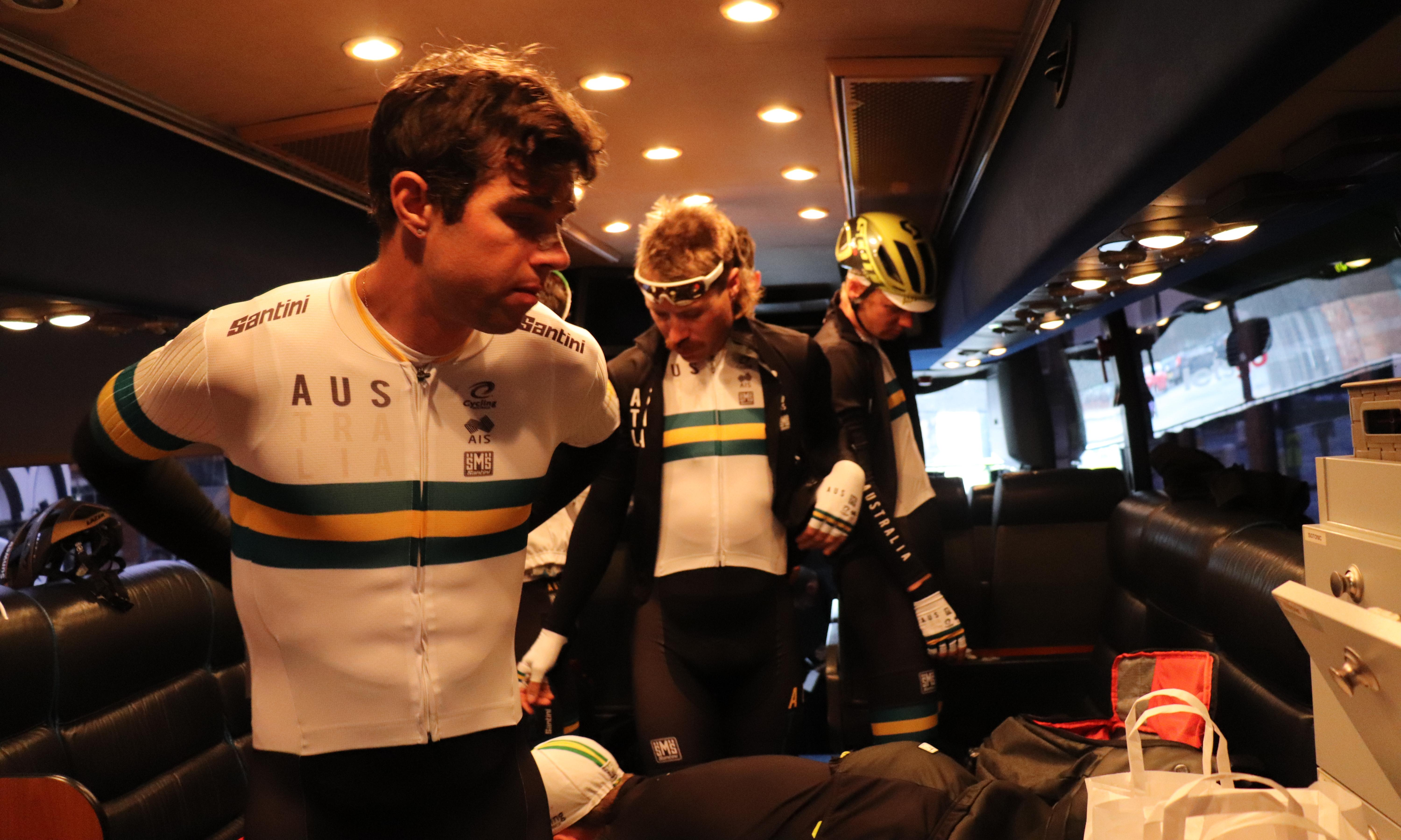 Downpours, forensic analysis and lots of pasta: on the team bus at the cycling worlds