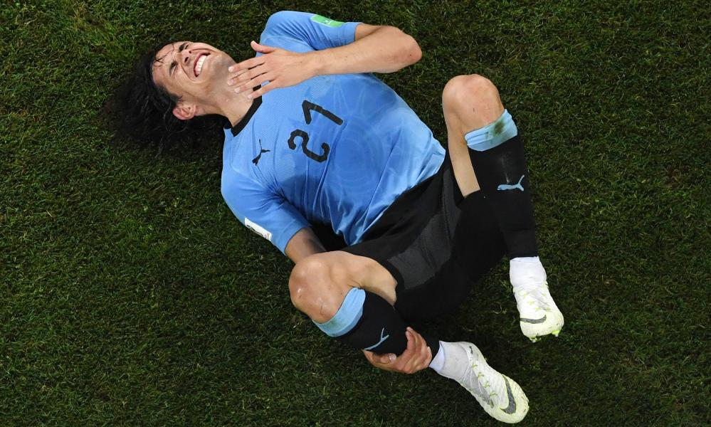 Cavani left the field after 74 minutes.