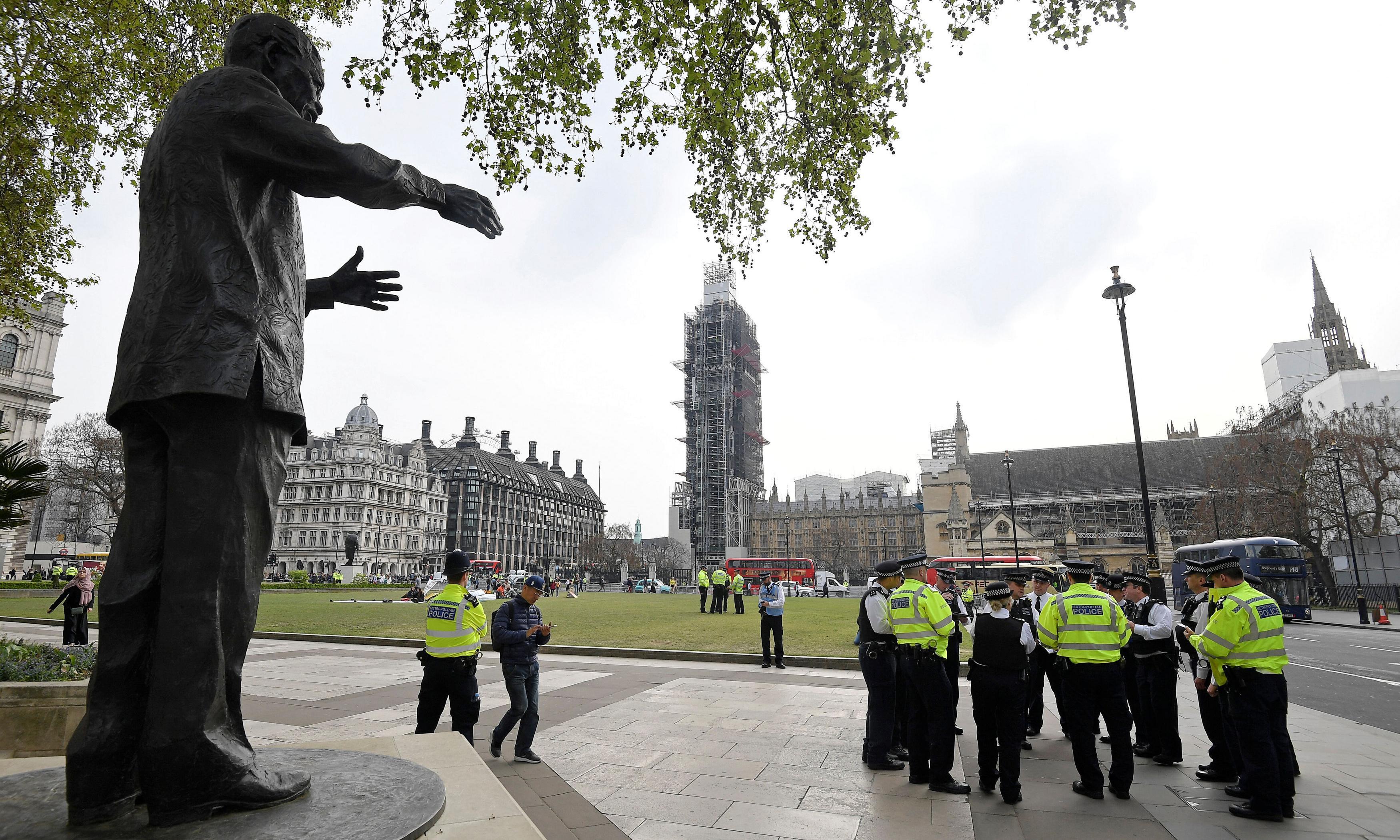 Extinction Rebellion: police warn of Parliament Square arrests