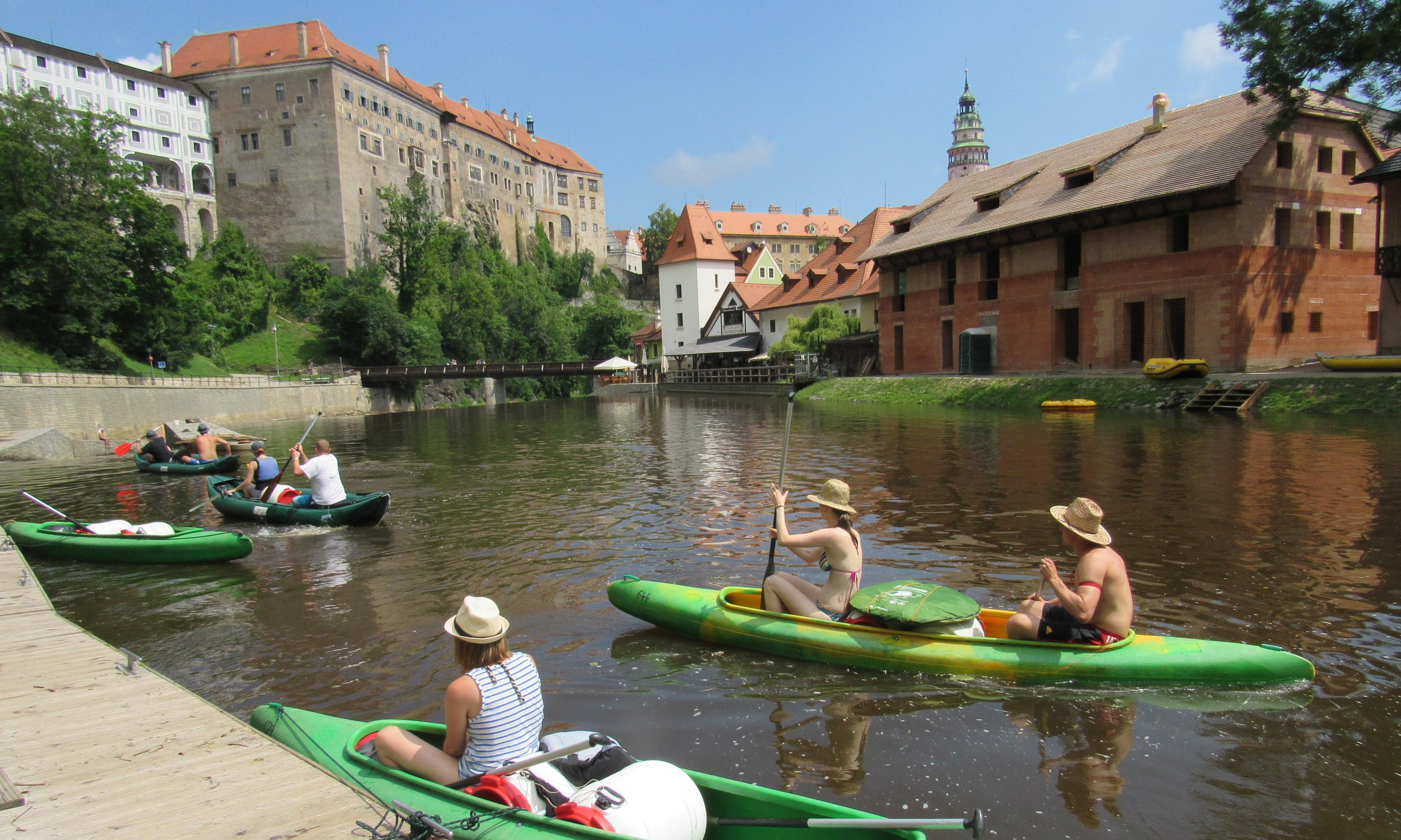 Weir in this together: canoeing the Vltava in the Czech Republic