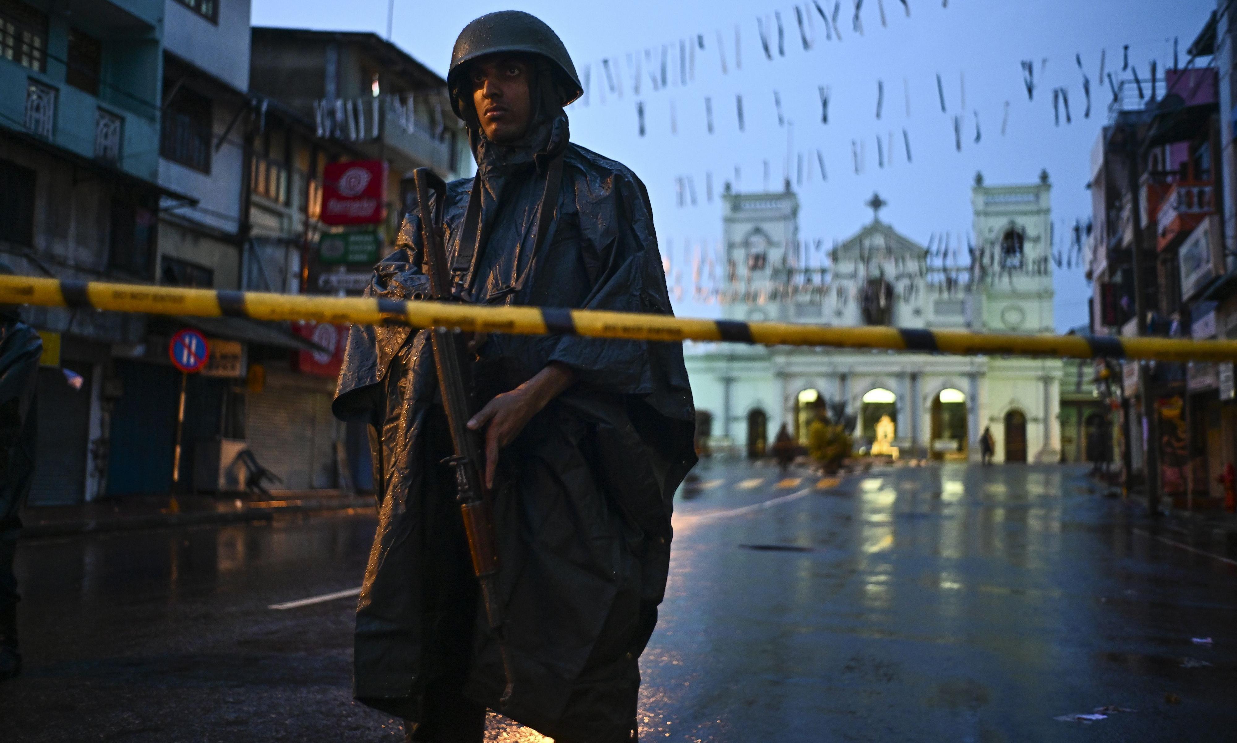 Sri Lanka attacks: police hunting 140 Isis suspects, says president