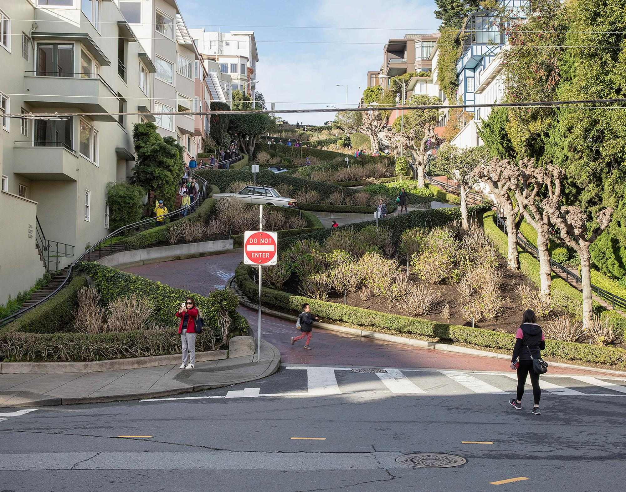 Lombard Street, San Francisco | The Most Curviest Road in the ...