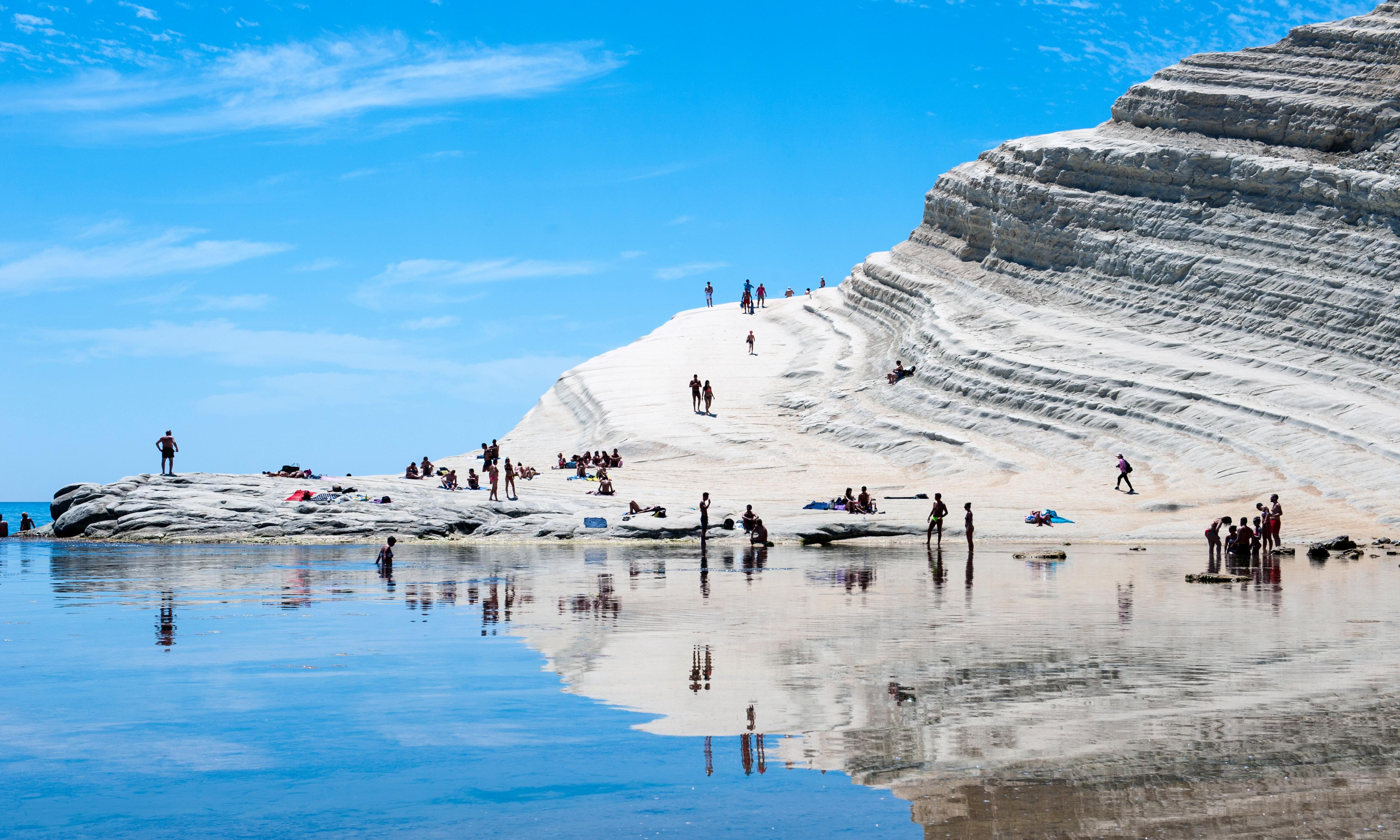 Lawyers seize Italian Scala dei Turchi over conservation concerns