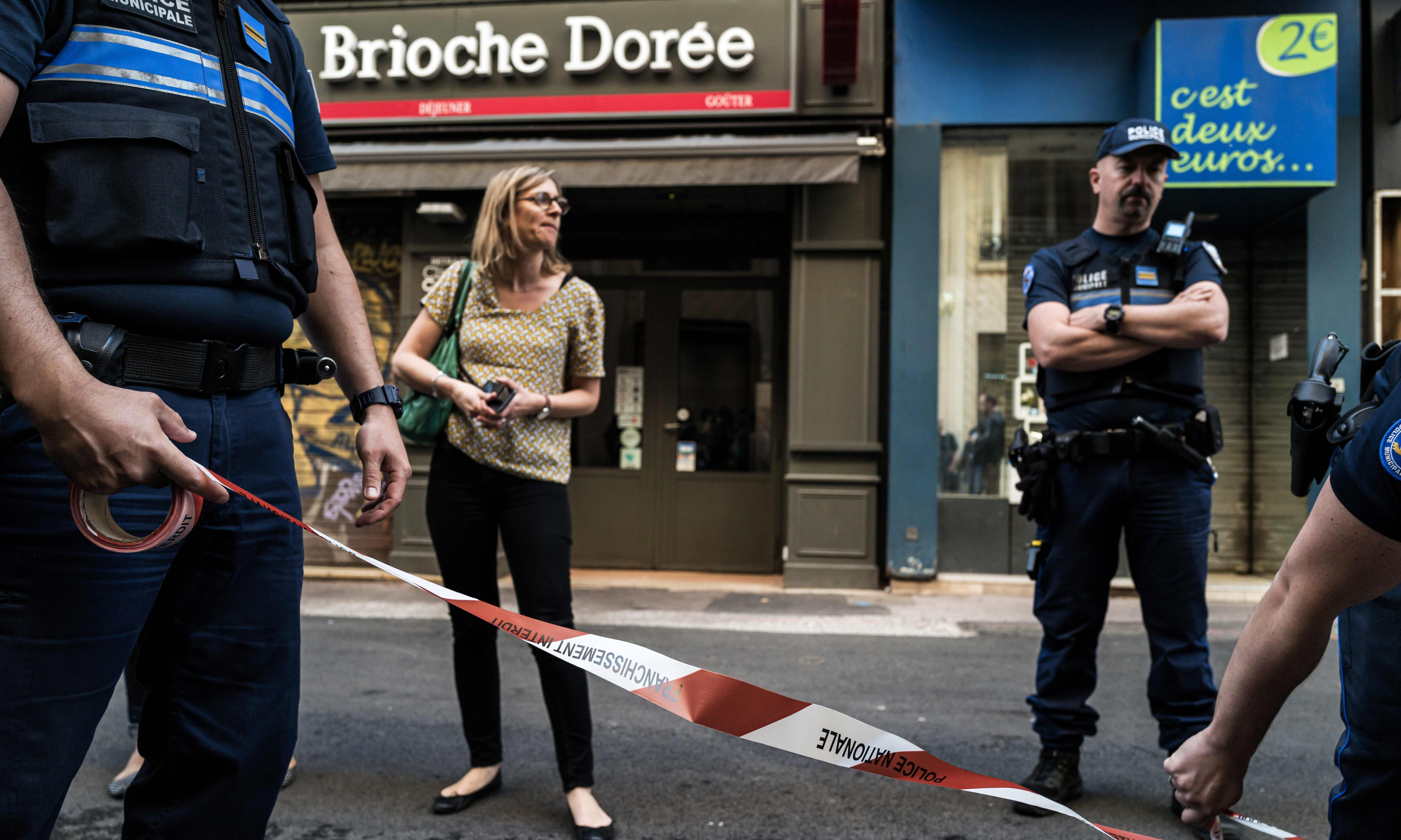 French police hunt bomber who planted device in Lyon