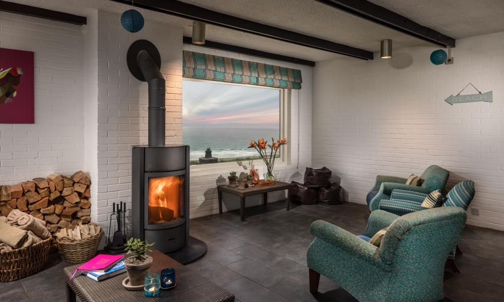 Bedruthan Hotel above Mawgan Port Beach in Cornwall Craft breaks