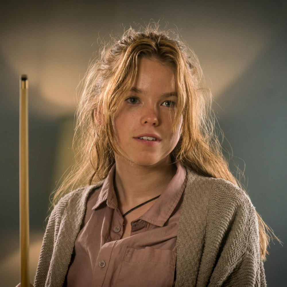 Milly Alcock as Meg in Upright