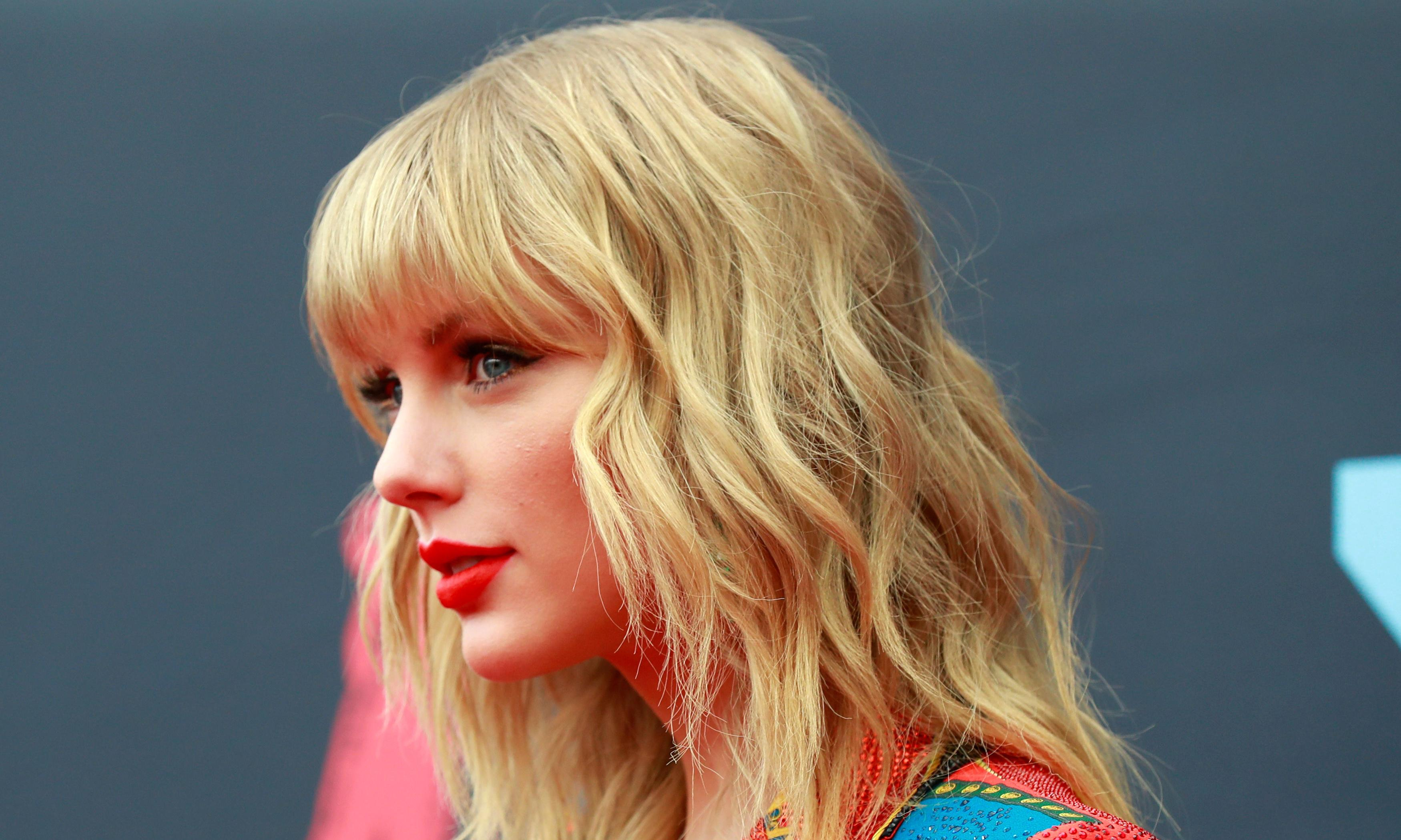 Taylor Swift returns to US court after appeal over copyright lawsuit