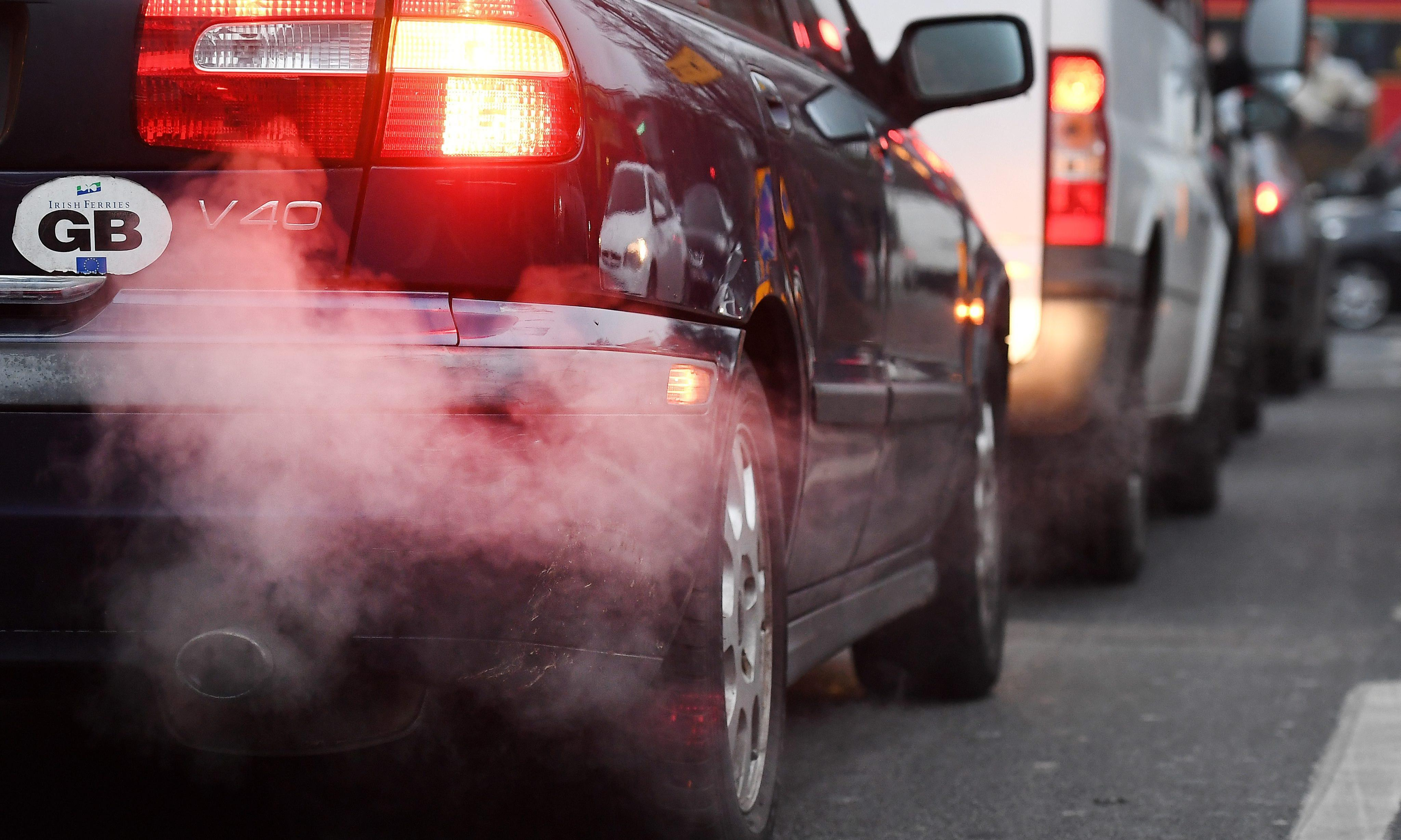Pollutionwatch: how skilful driving can reduce toxic fumes