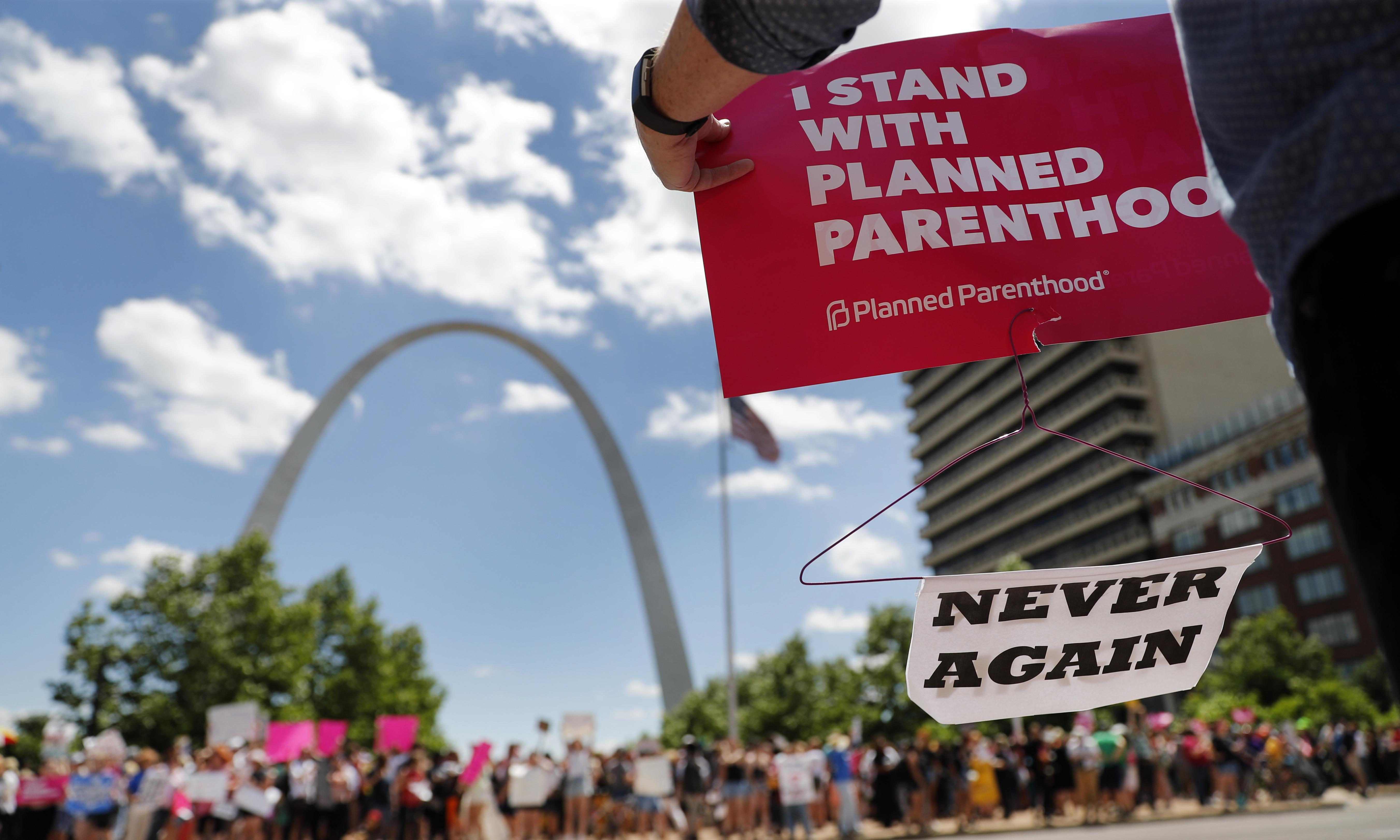 Why Planned Parenthood was right to refuse federal funding