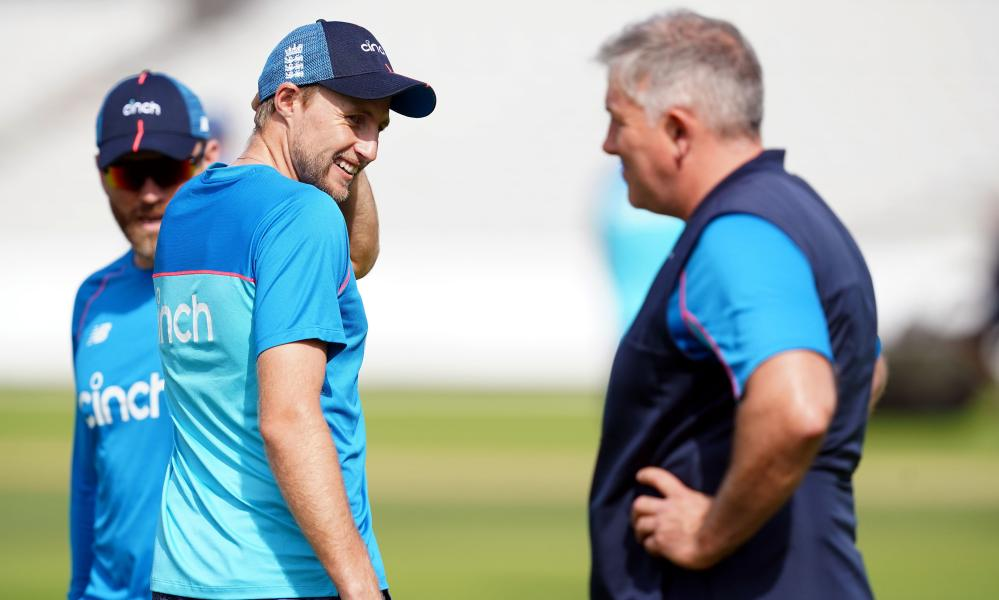 Joe Root (centre) and the England head coach Chris Silverwood appear to have the odds stacked against them for the Ashes tour this winter.