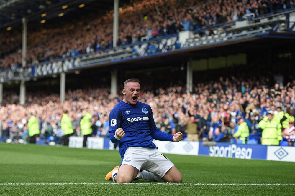 Wayne Rooney celebrates his first goal for Everton for 13 years.