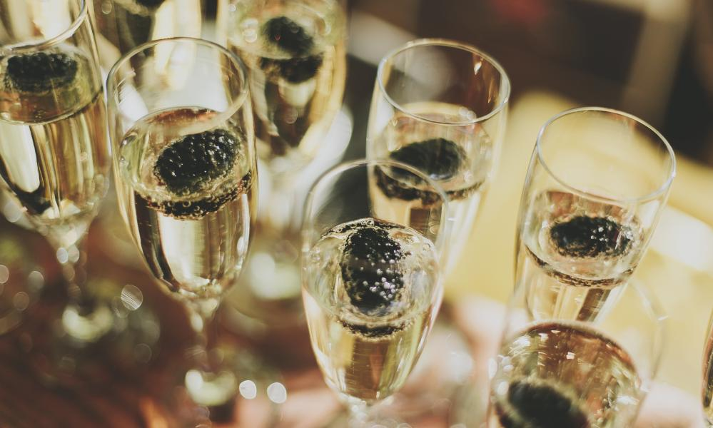 Sales of all sparkling wines in supermarkets and other UK retailers have increased by 27% in volume; sales of champagne have risen by just 1%