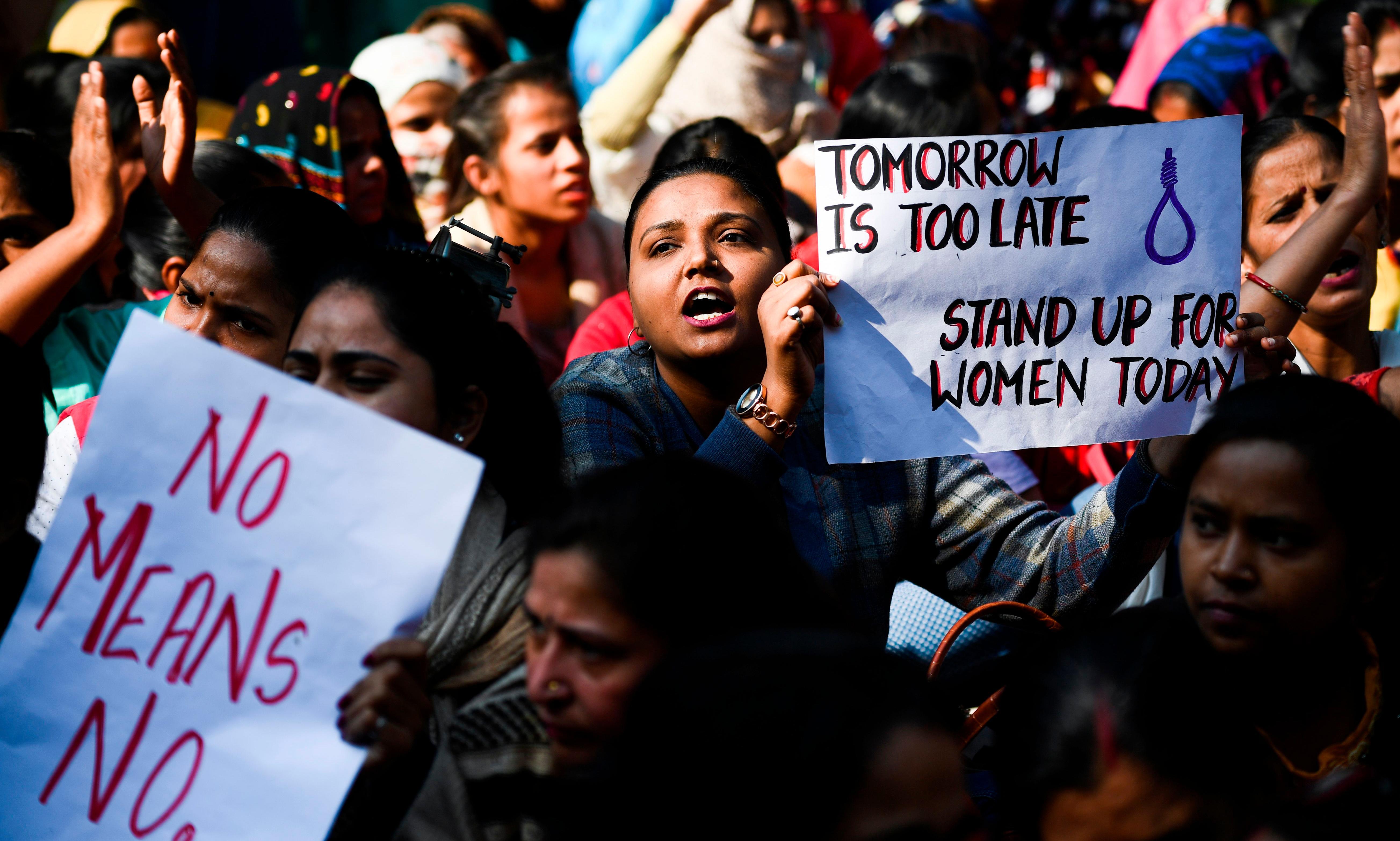 Indian police shoot dead four men suspected of Hyderabad rape