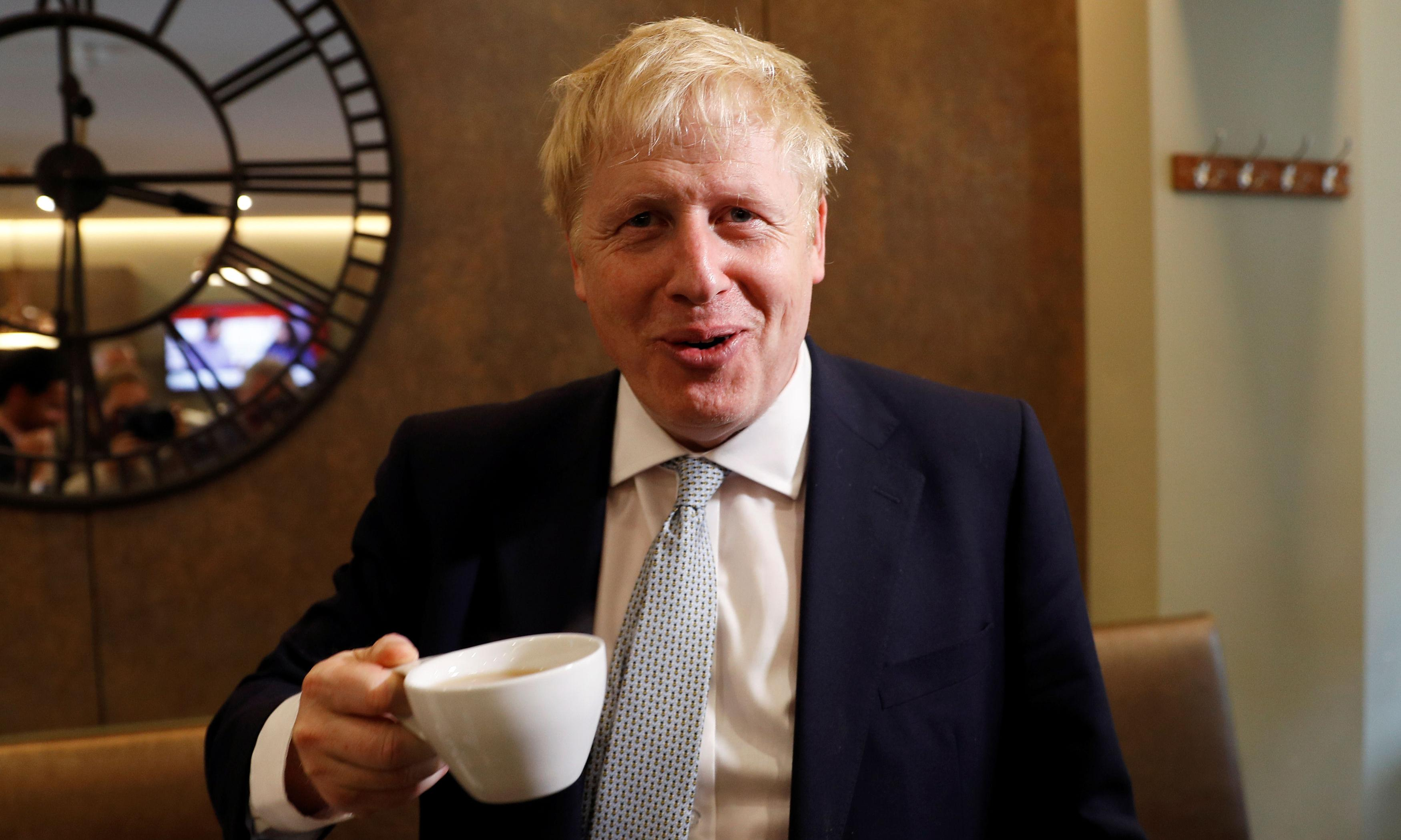 Boris Johnson vows push on immigration points system