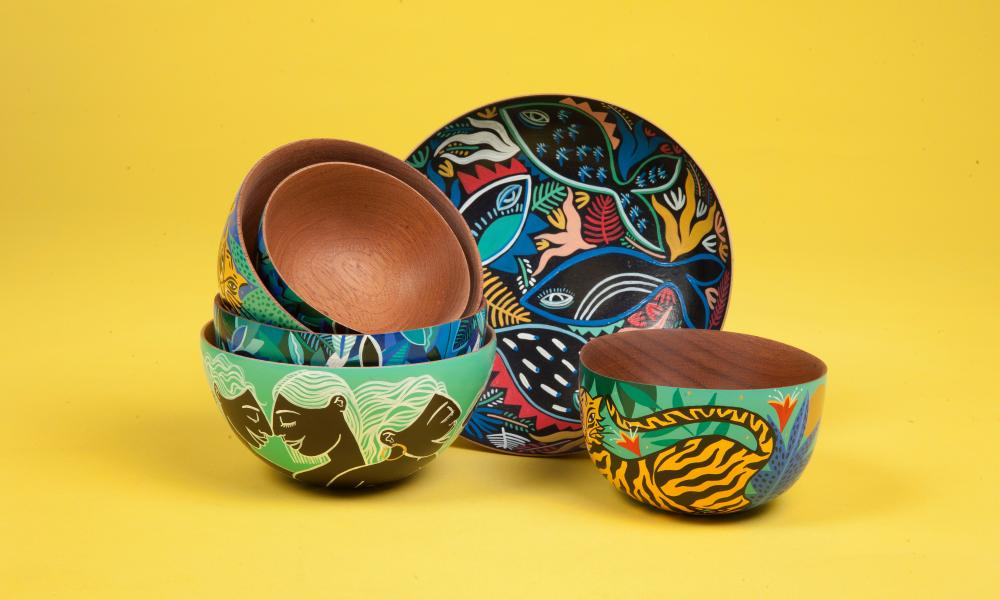 Amy Isles Freeman bowls