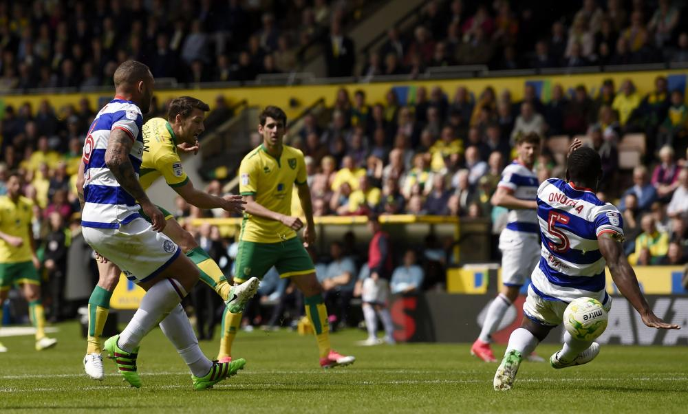 Wes Hoolahan scores the first for Norwich.