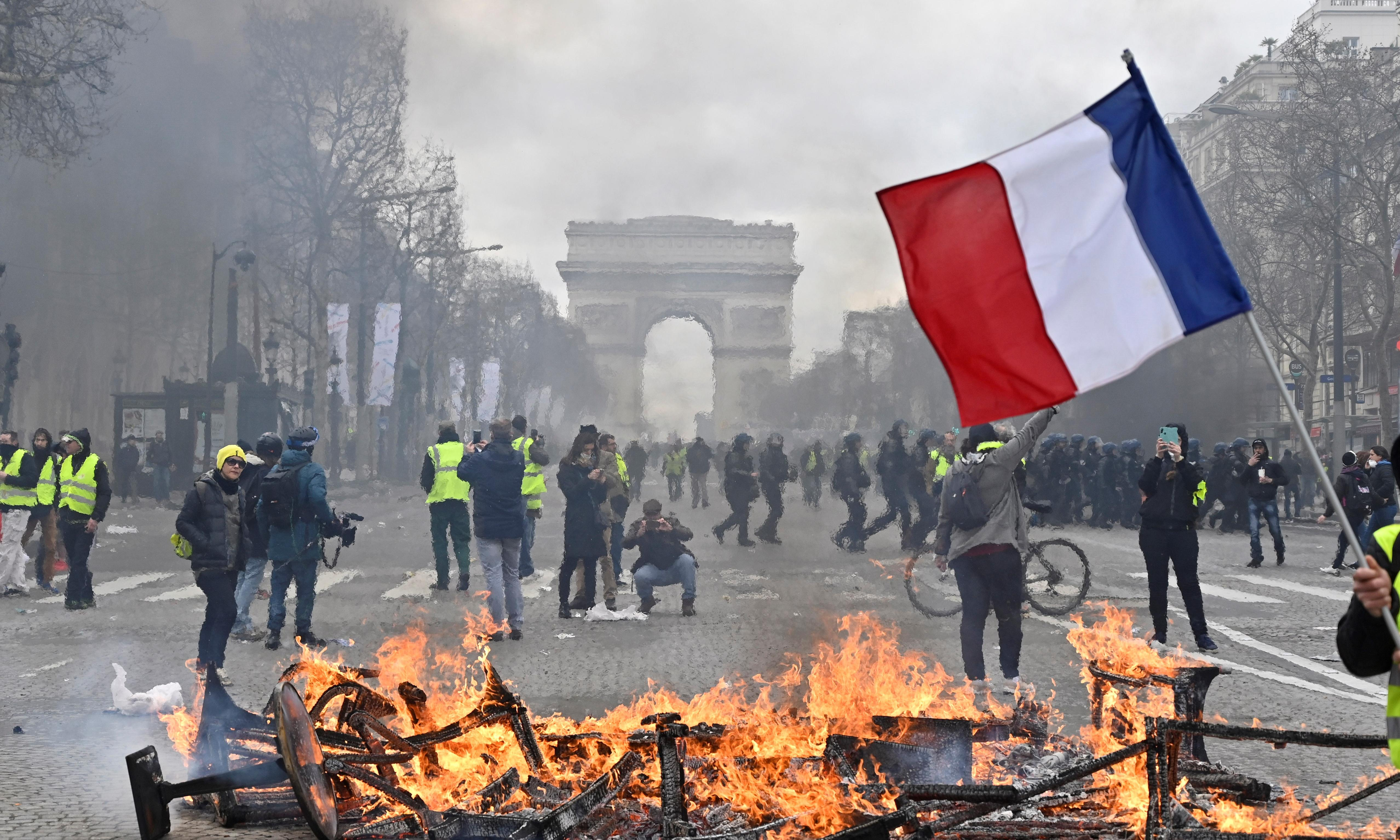 French PM removes police chief and vows to shut down rioters