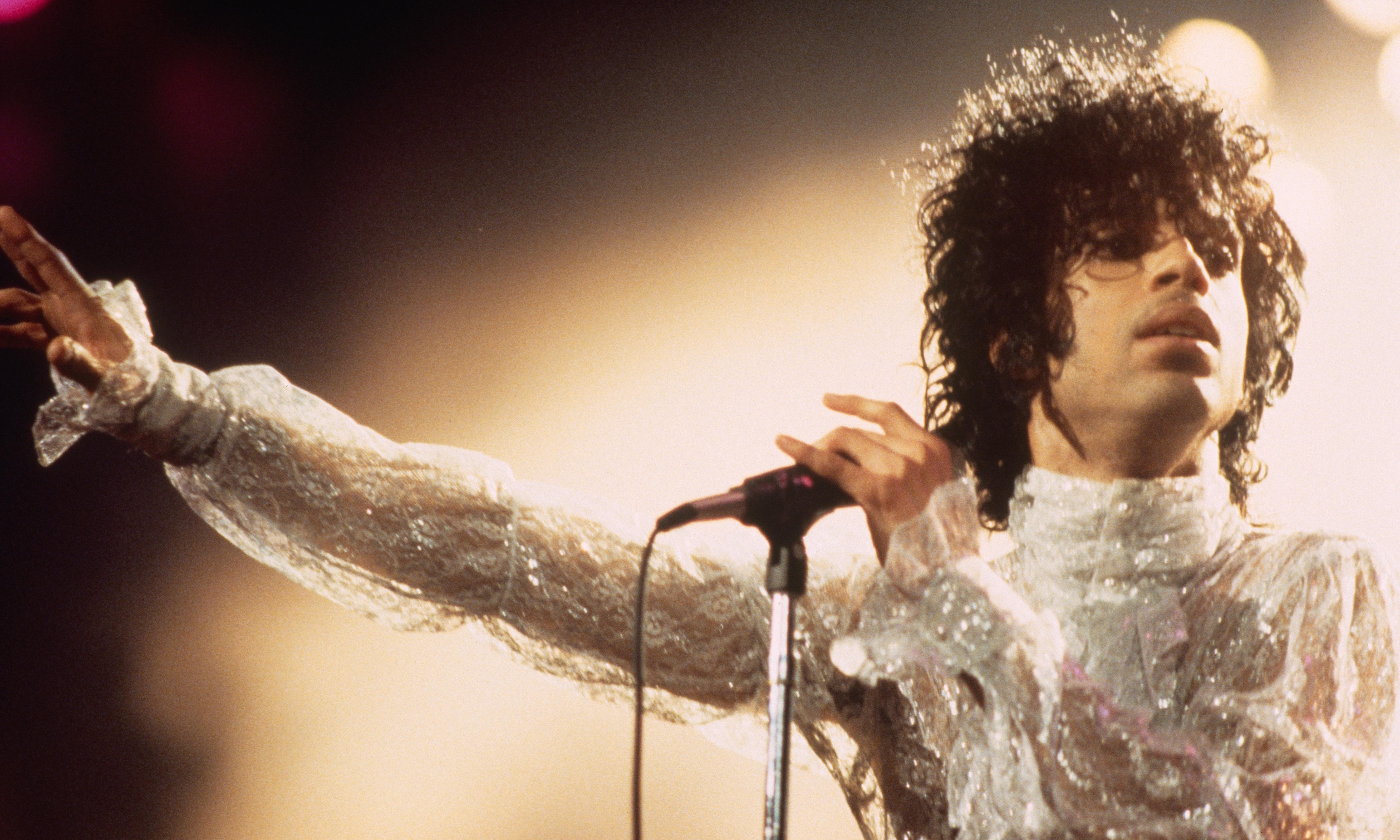 Prince: Piano & a Microphone 1983 review – intensely intimate