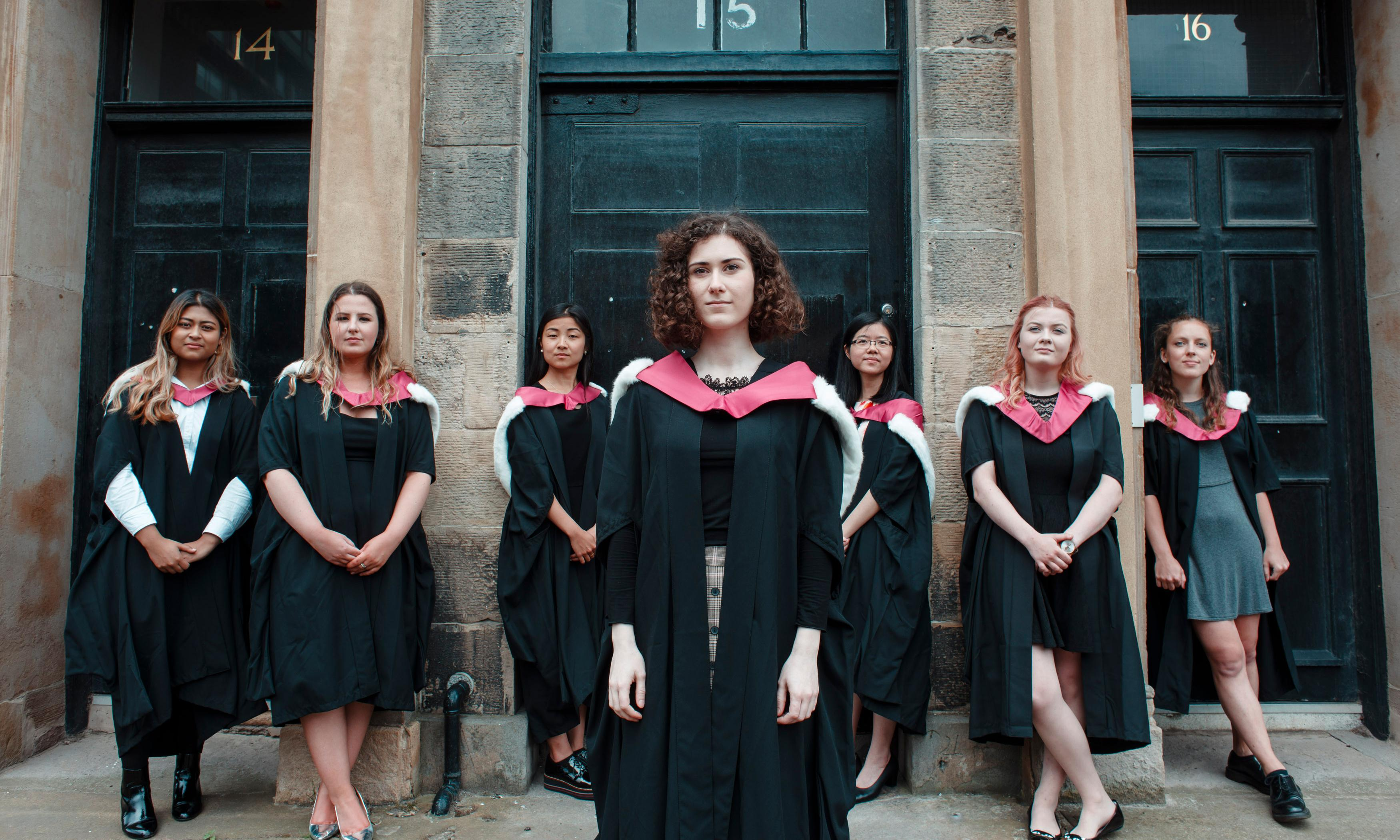 Edinburgh gives female medical students their degrees – 150 years late