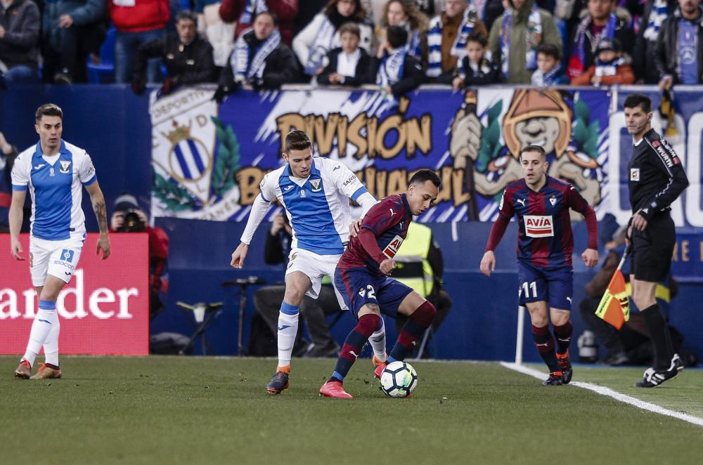 Fabian Orellana shields the ball for Eibar.