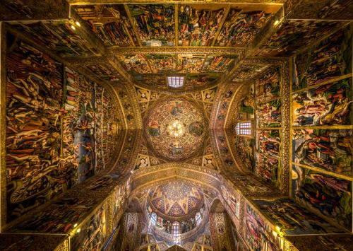 The ceiling of Vank Cathedral