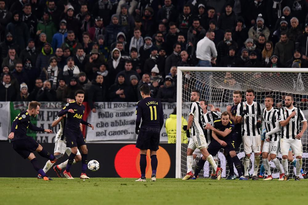 Christian Eriksen completes Tottenham's thrilling comeback with a well-struck low free-kick.