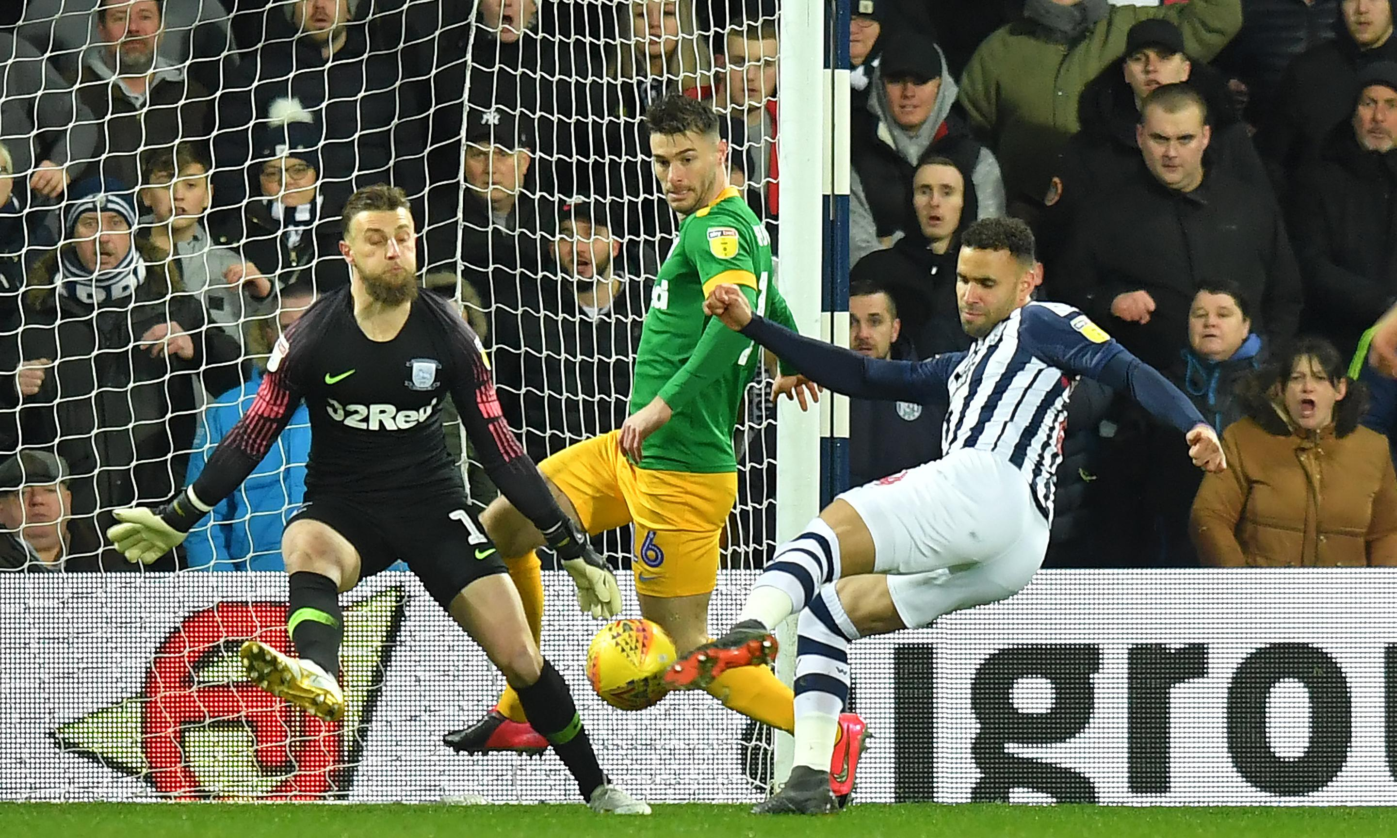 Championship roundup: Robson-Kanu extends West Brom's lead at the top