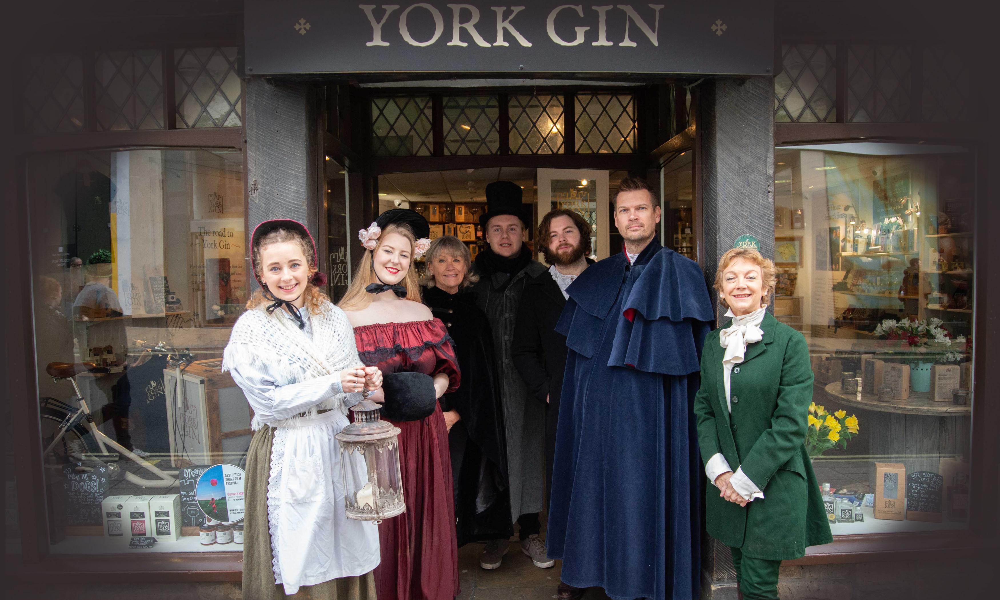 York shop bans cheesy Christmas music for sake of staff